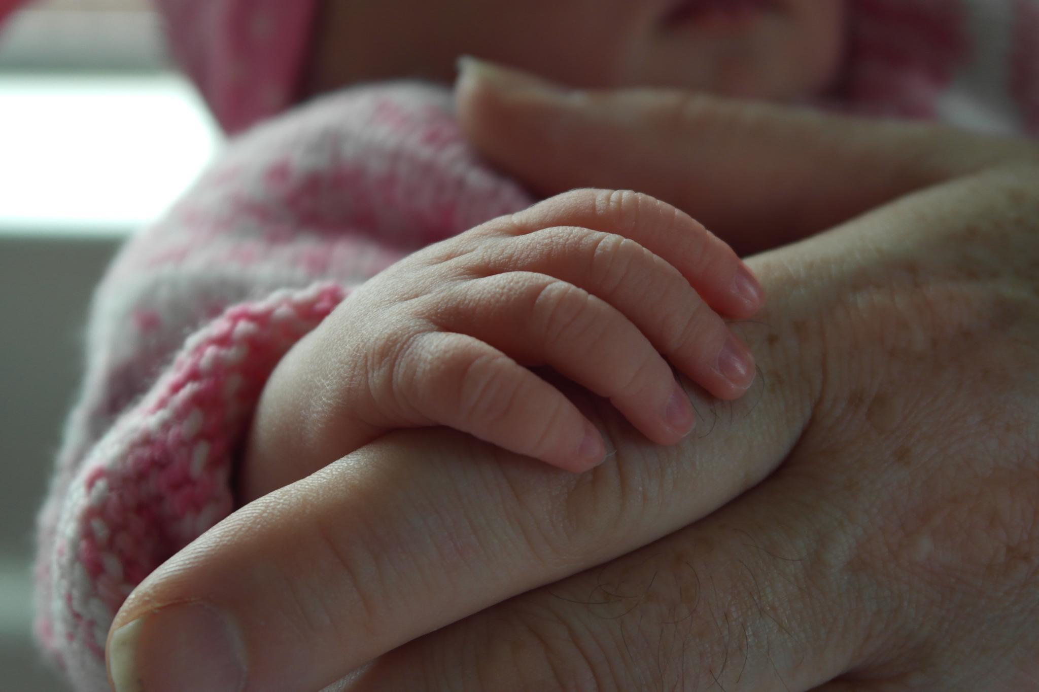 Tiny Fingers by tony.crawford4