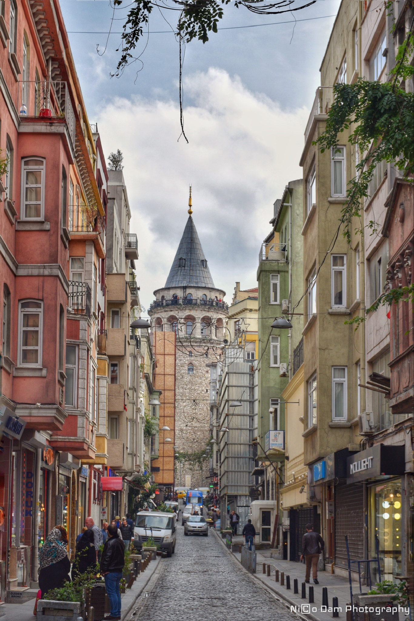 streets of Istanbul by Nico Dam