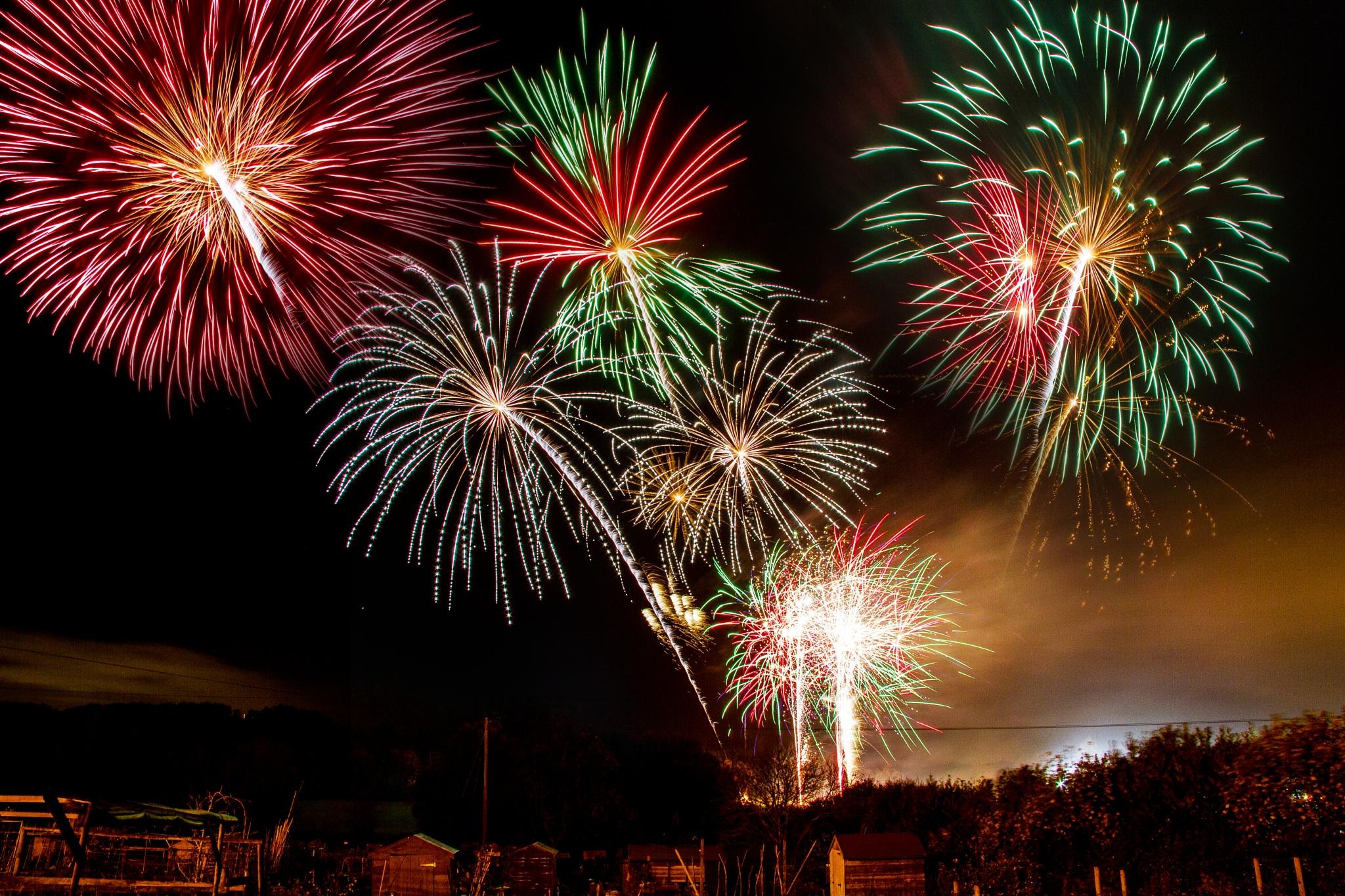 Thornbury Fireworks by Russ Summers