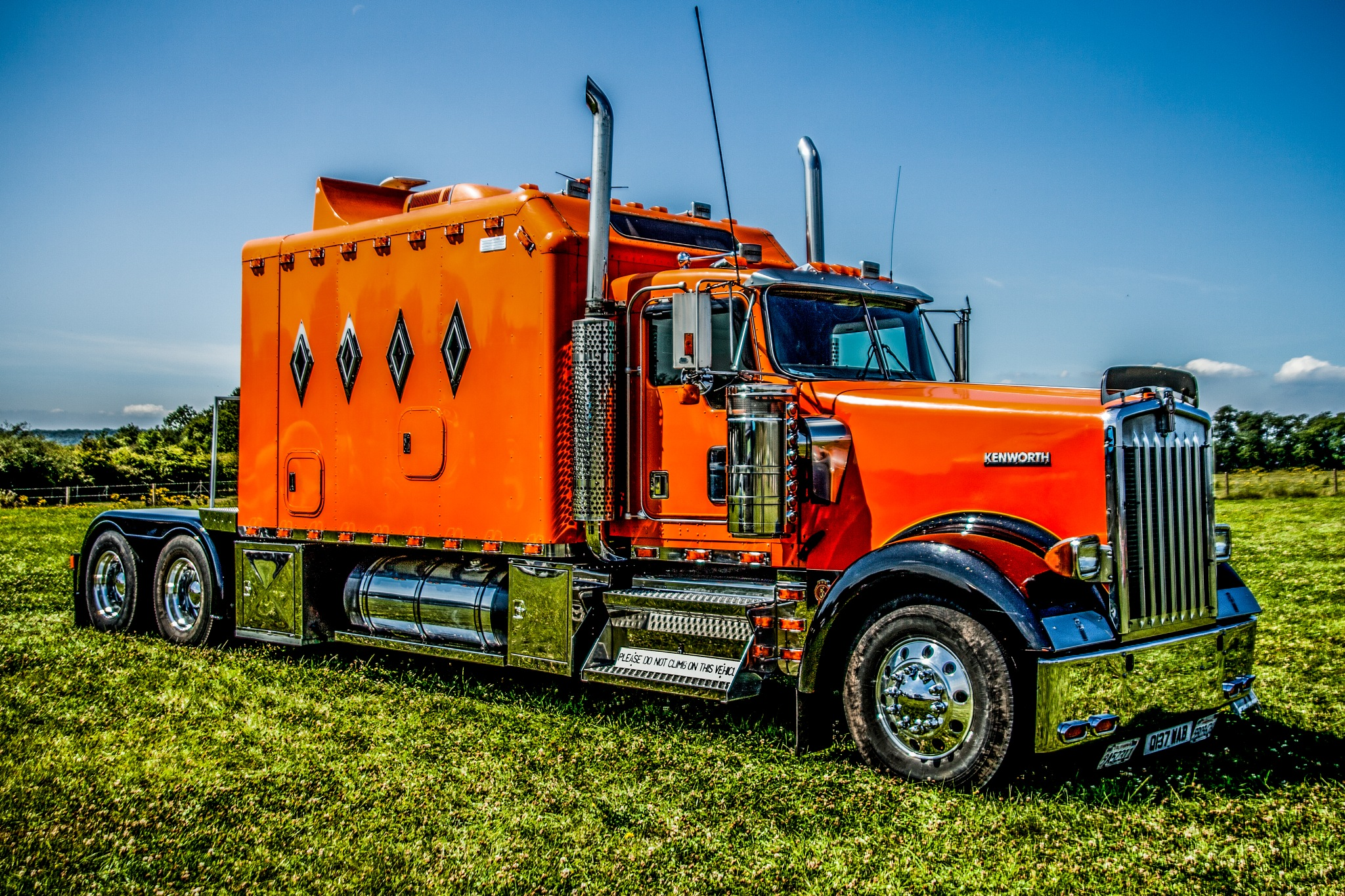 Kenworth by Russ Summers