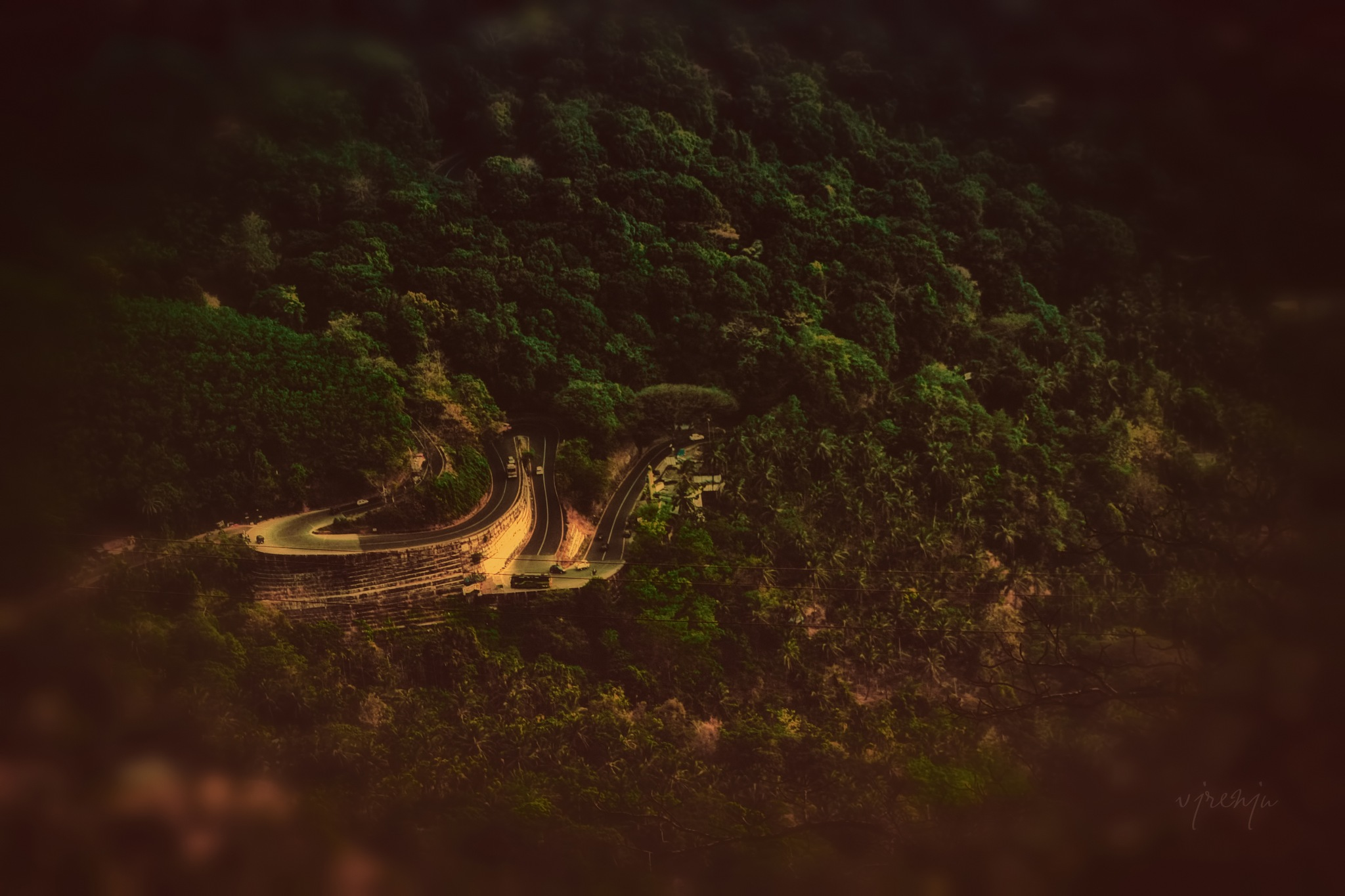 The curve by VJ Renju