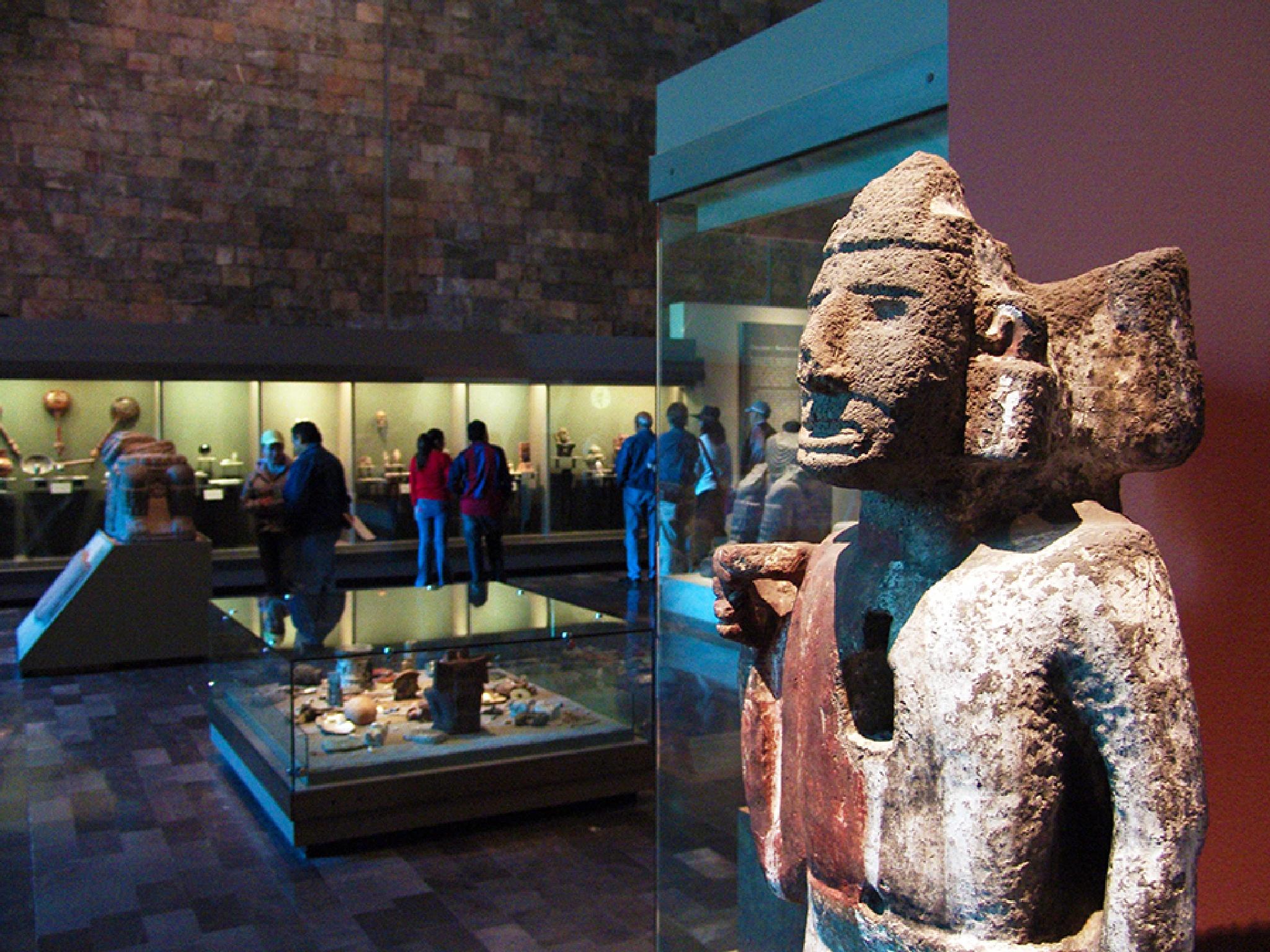 Museu de antropologia da cidade do México. by carlosvasconcelosfot