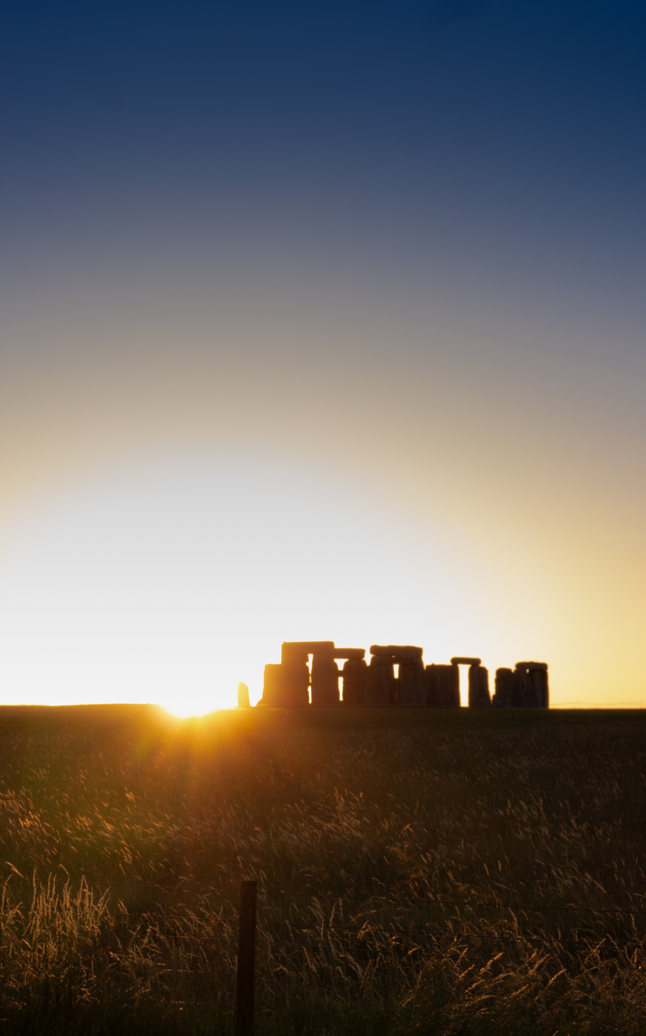 Stonehenge sunset by phillip.carey