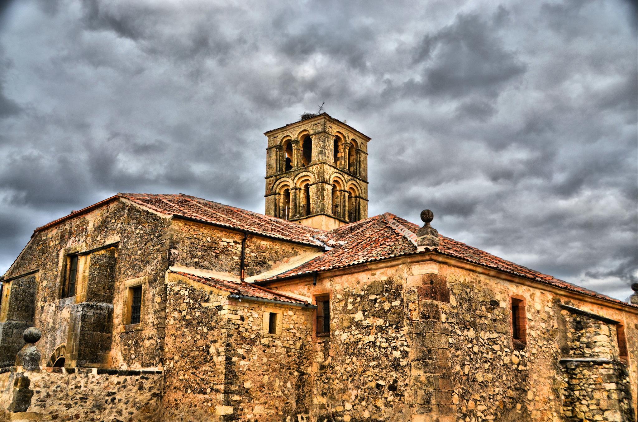 Pedraza 23 by Jorge Alonso