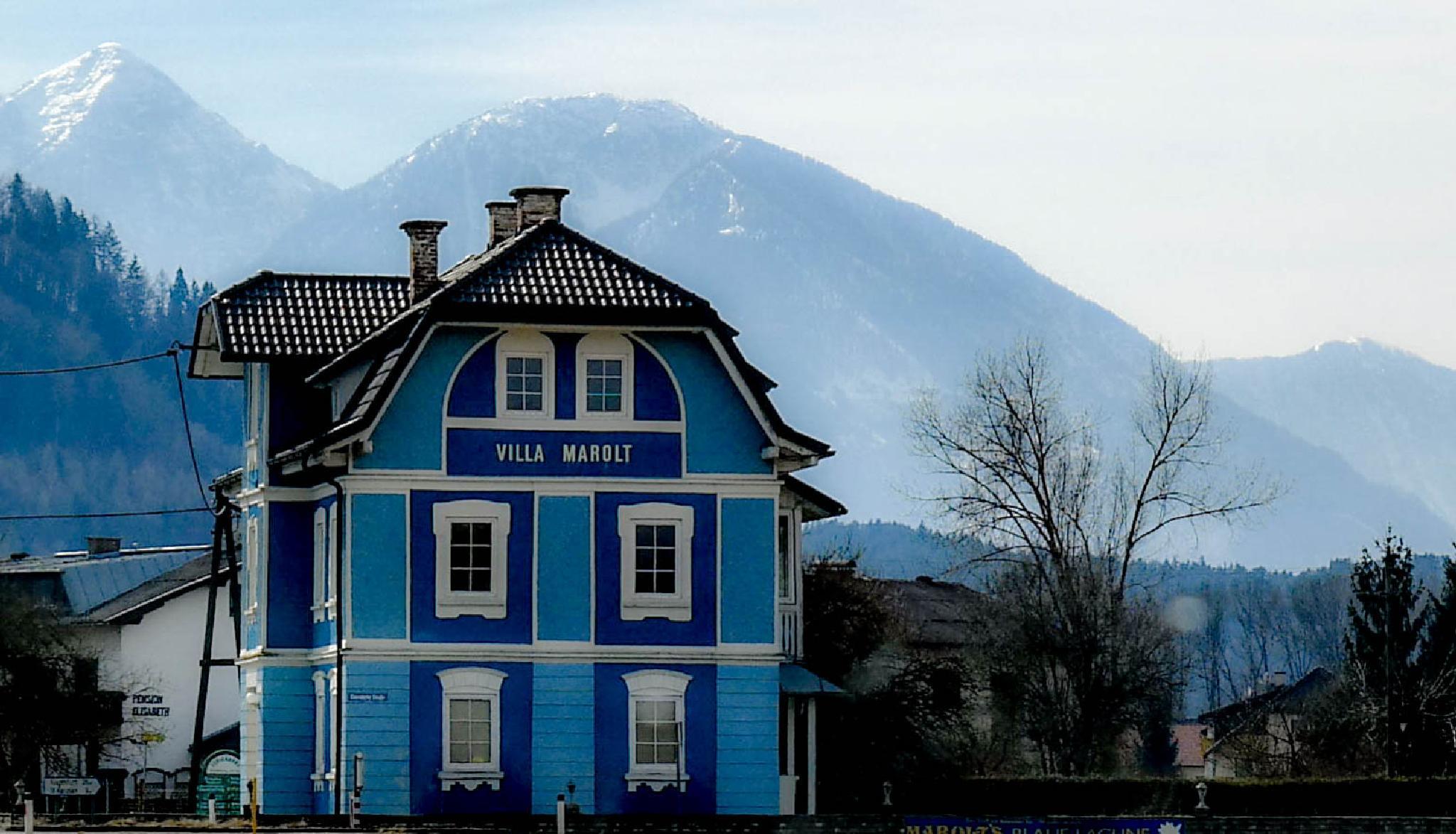 Blue Villa Marolt by Filip