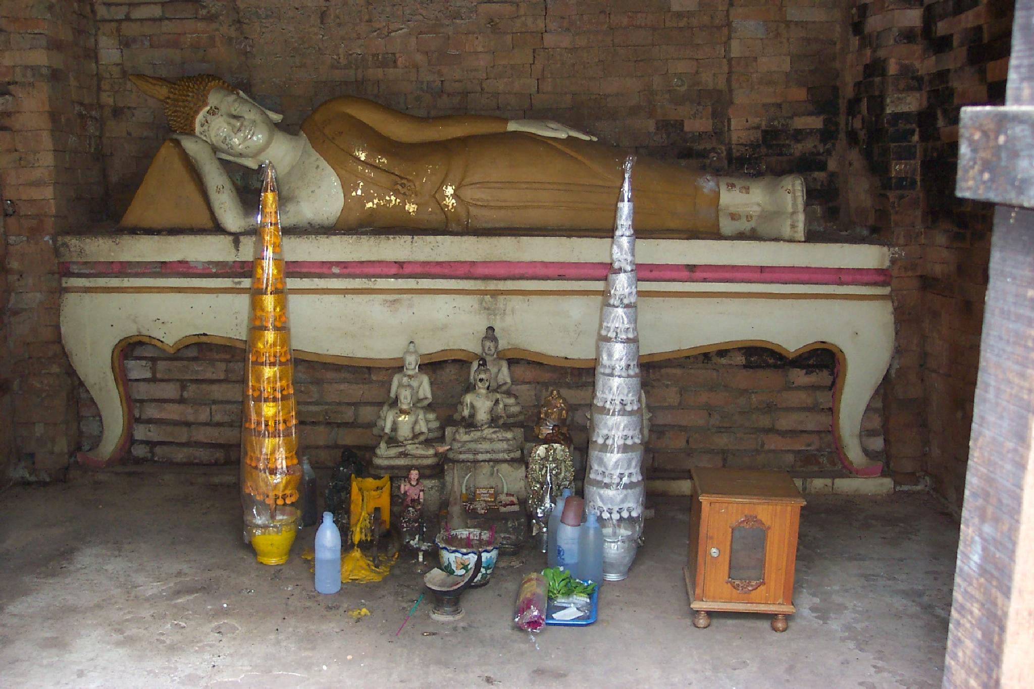Boeddha  by ajkroon