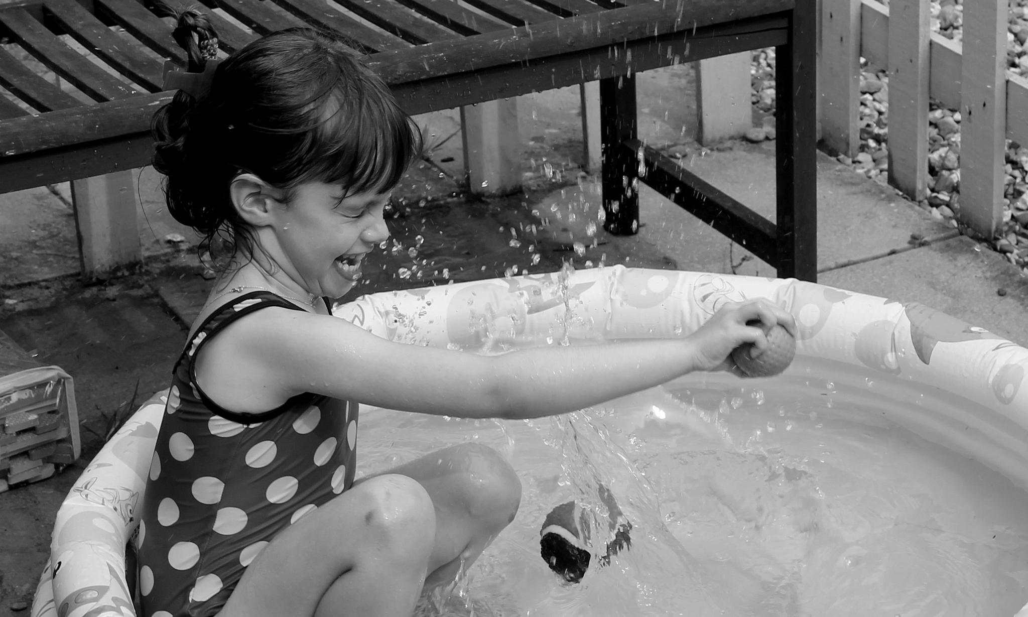Splash! by Jayne K Fern~Bellissimo