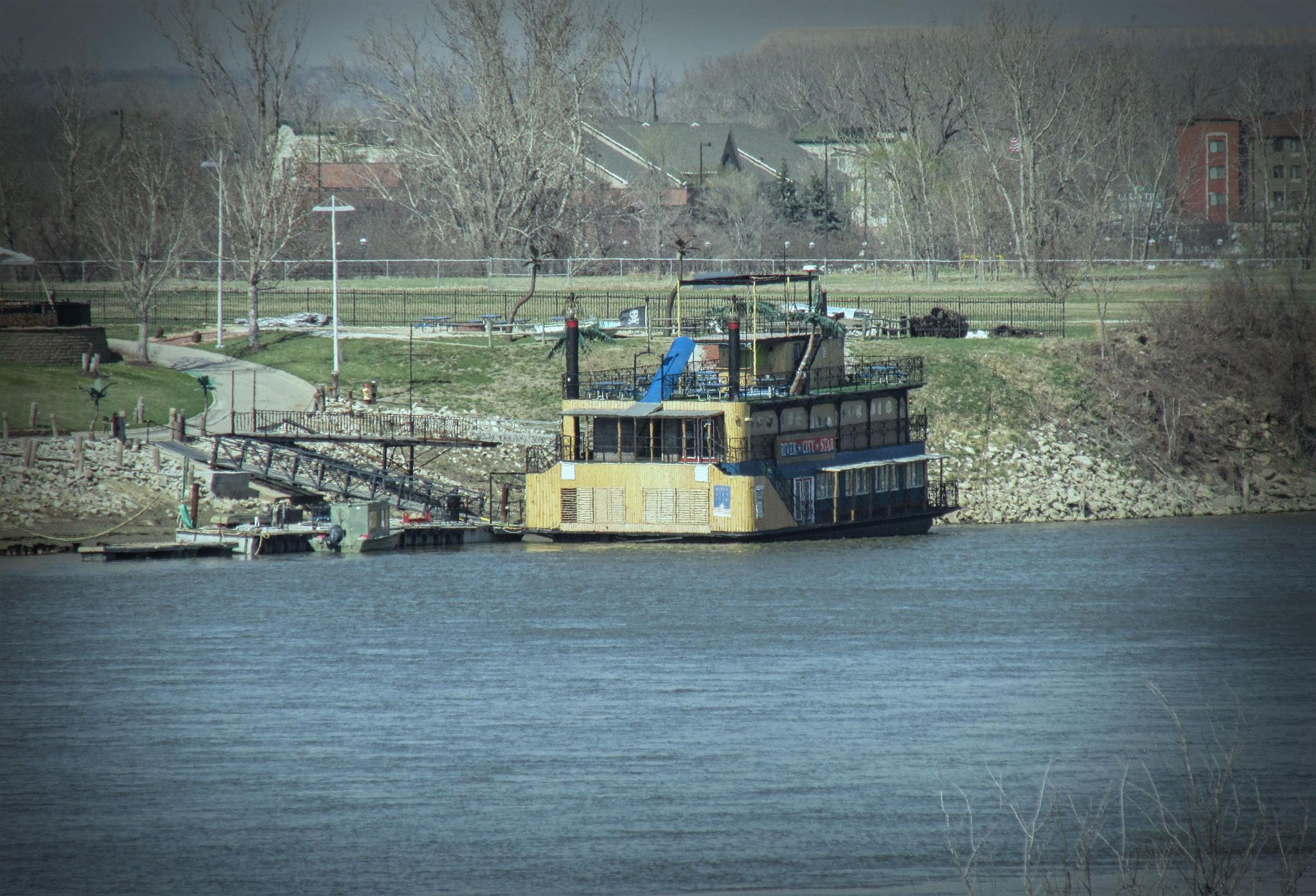 Old Ferry by gayle.wolfemartinez