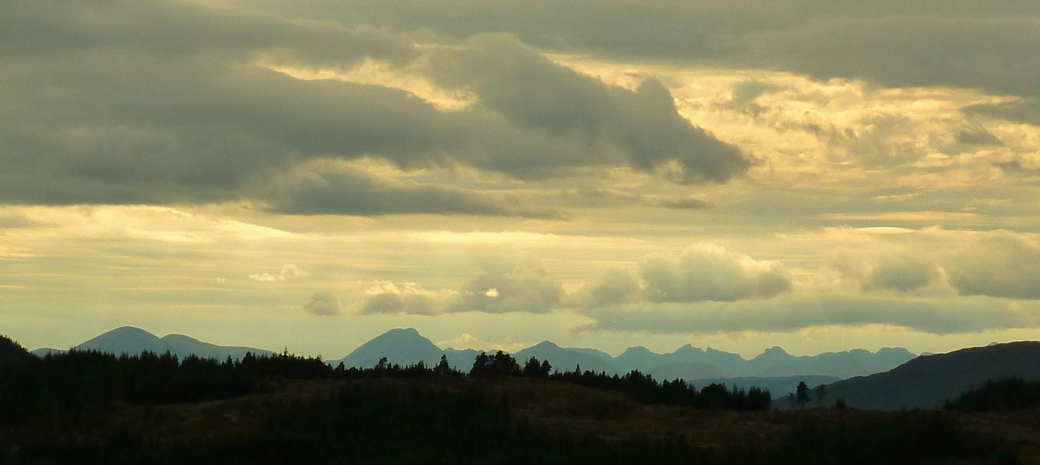 Distant Skye by cln.wvr