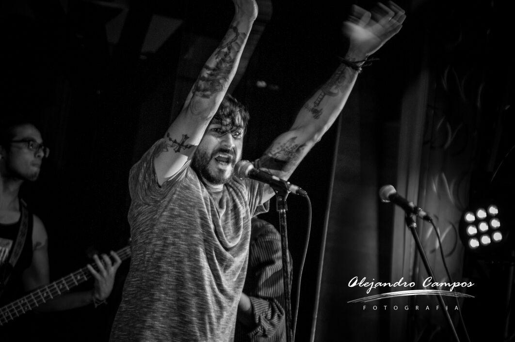 """Hands Up!! Everybody"" by alejandrocamposfotografia"