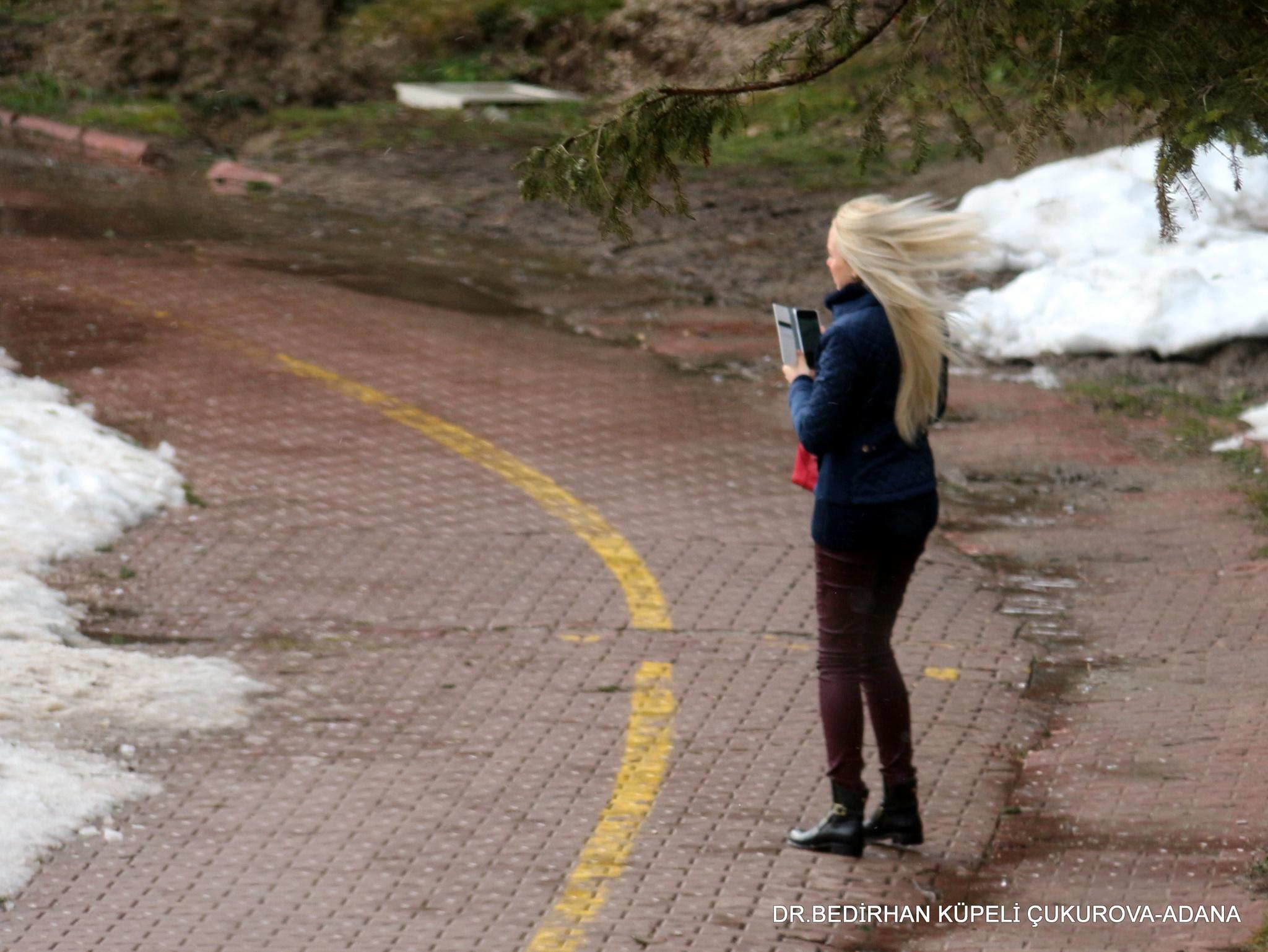 her hair sways in the wind by Bedirhan Küpeli