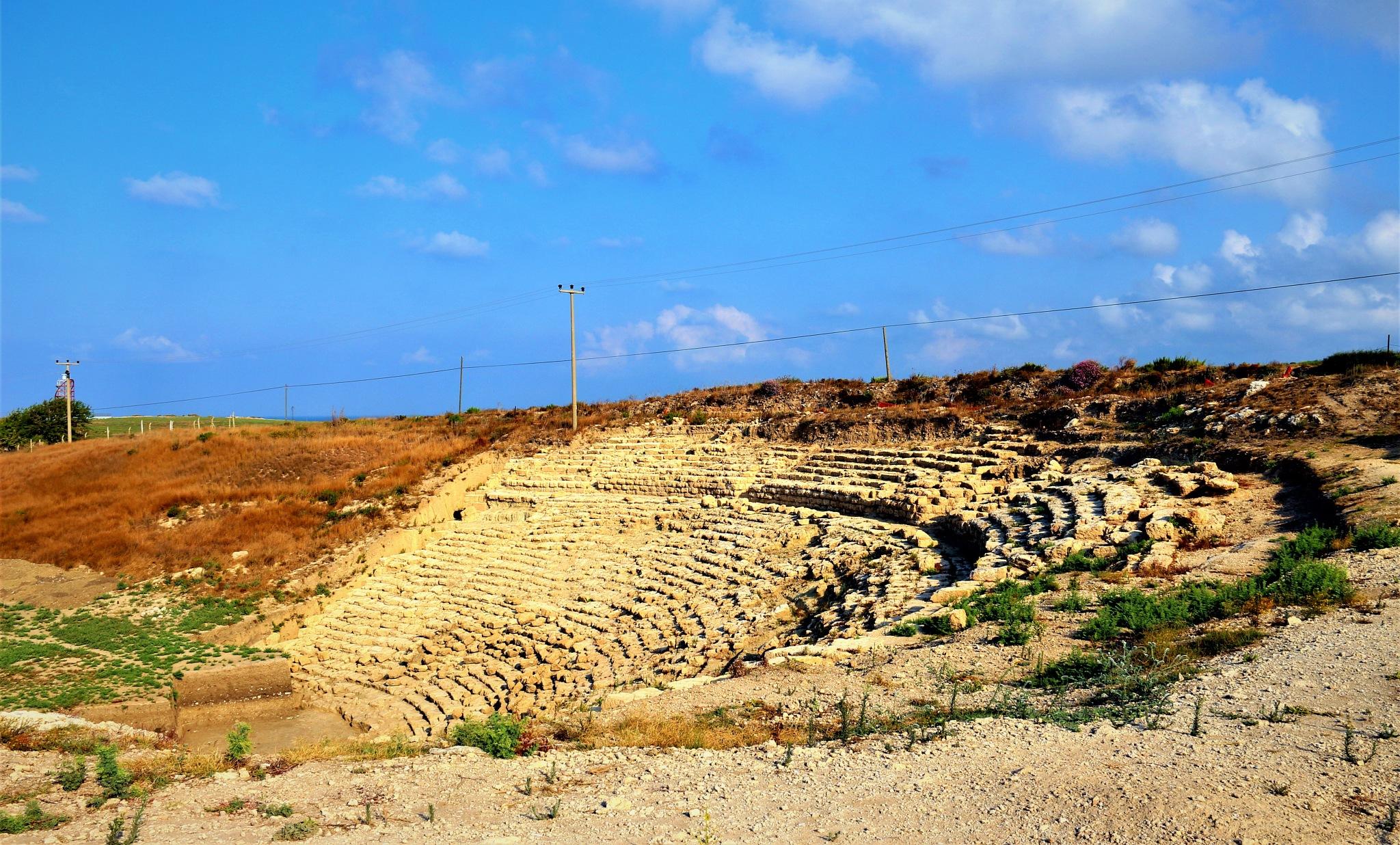 6966...Amphitheater... by Bedirhan Küpeli
