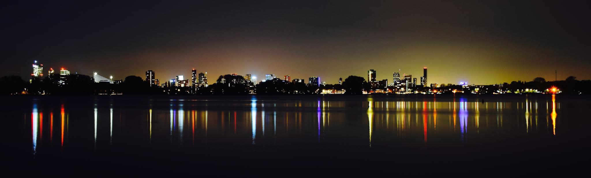 Rotterdam skyline. by Niels Dam