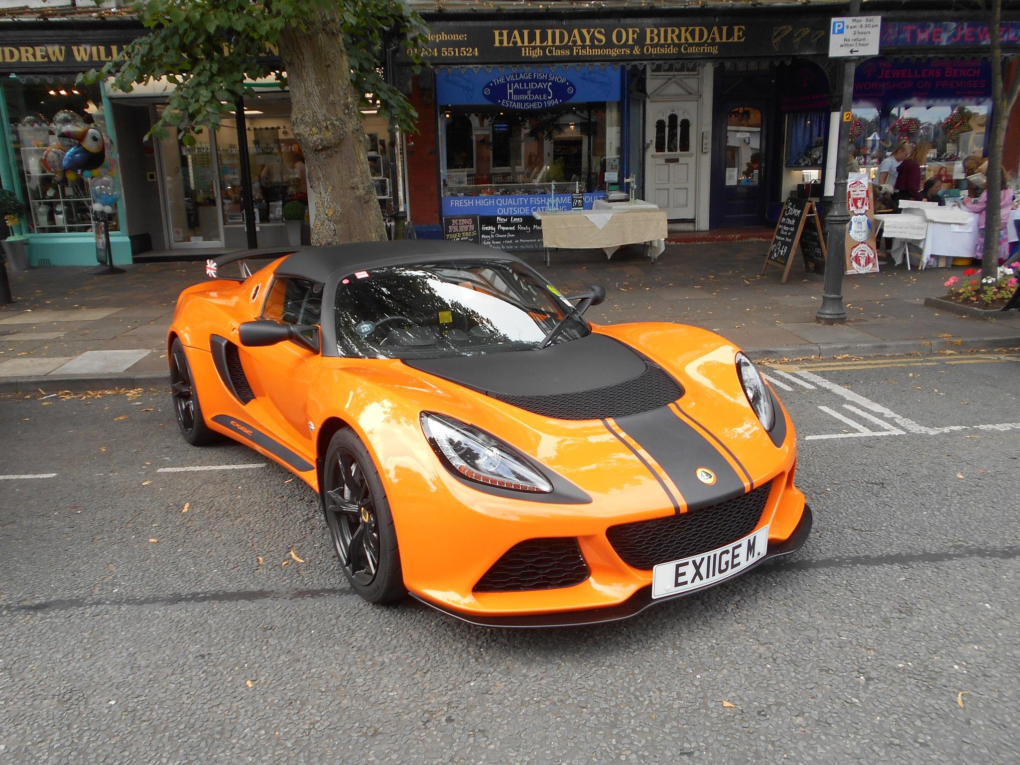 Orange is the new black. by bestwick.annette
