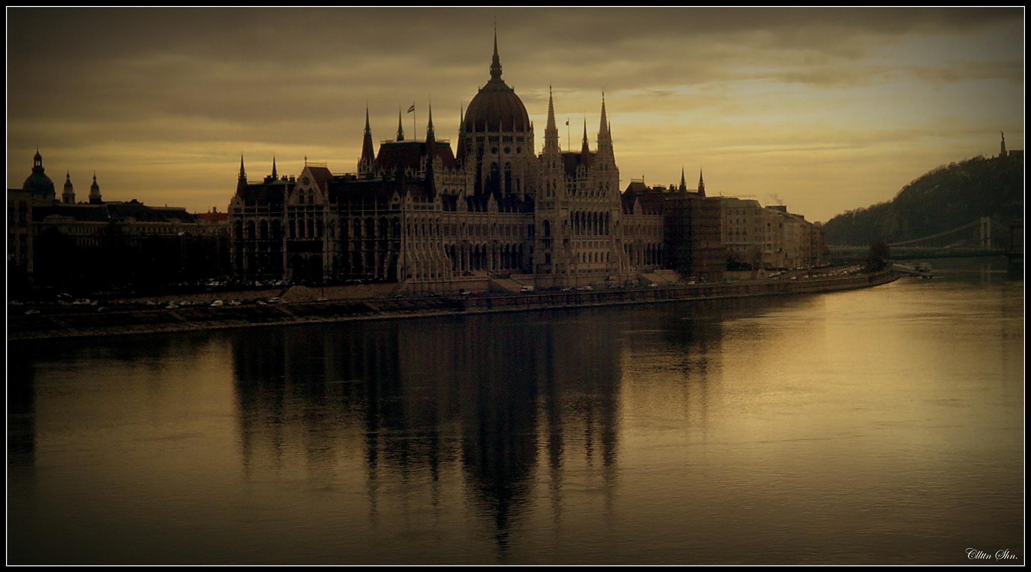 Parliament Building/Budapeşte/HUNGARY by Celalettin Şahin