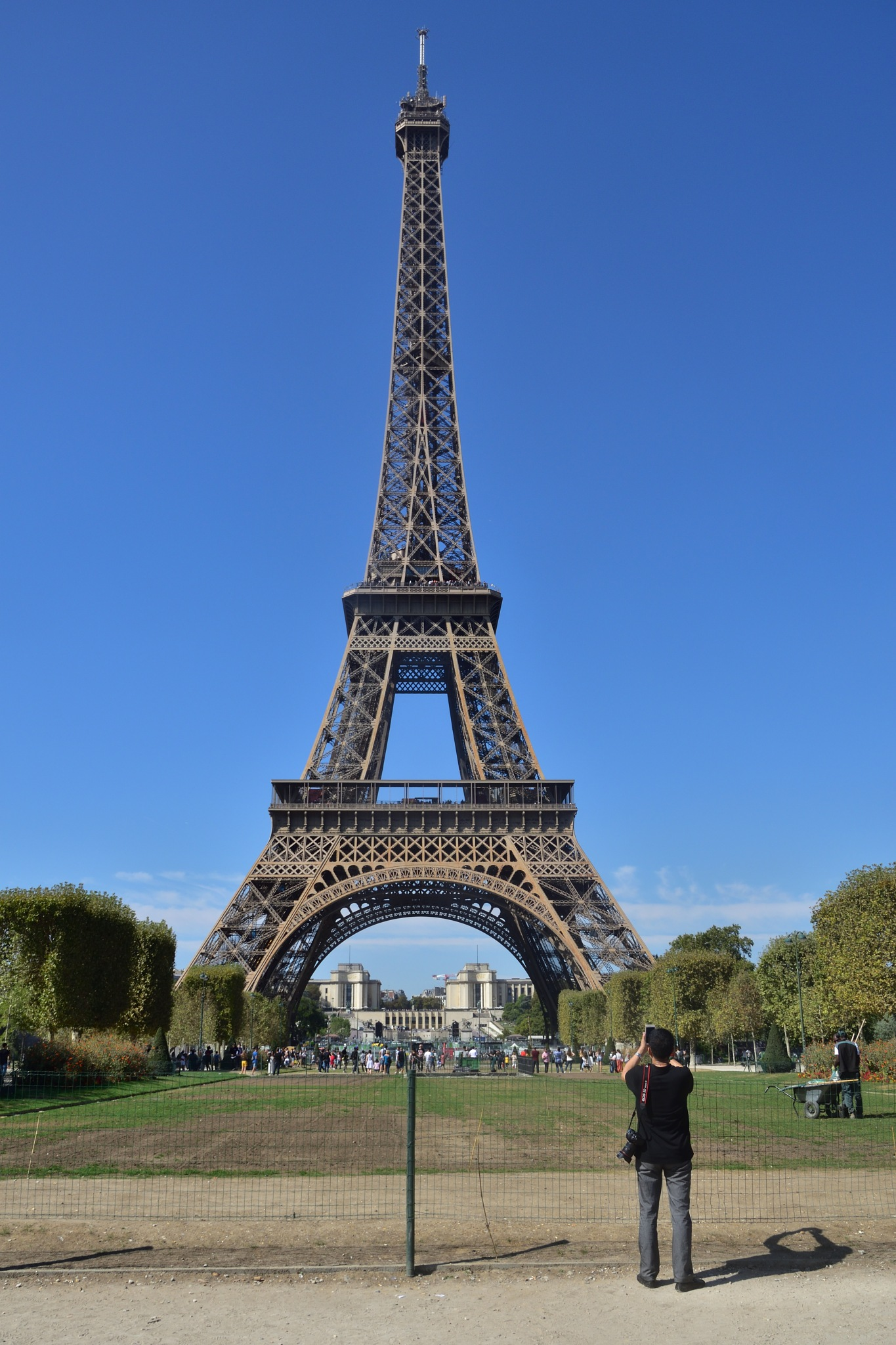 Eiffel Tower by Vagn Arvesen