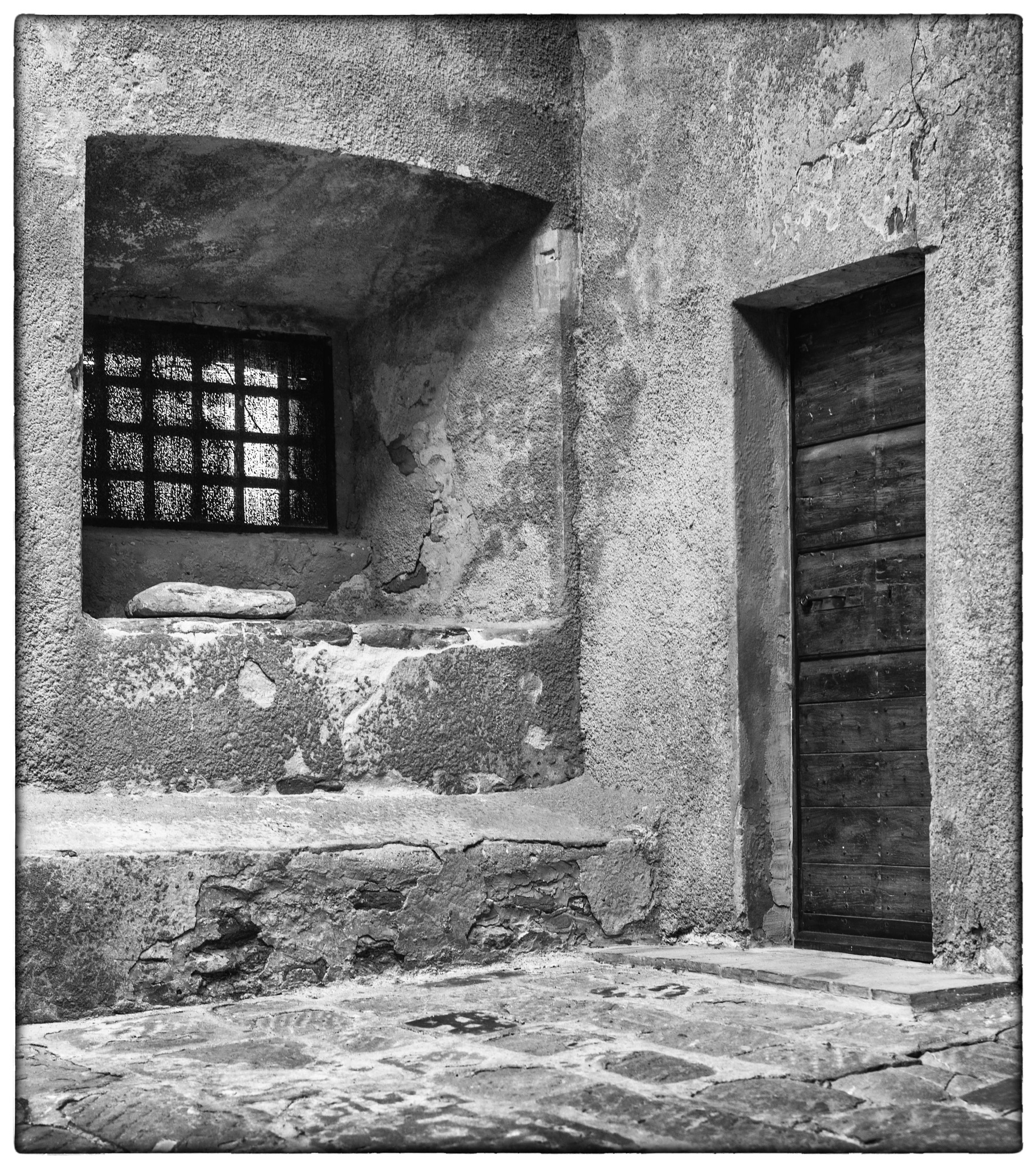 populonia by bcorech
