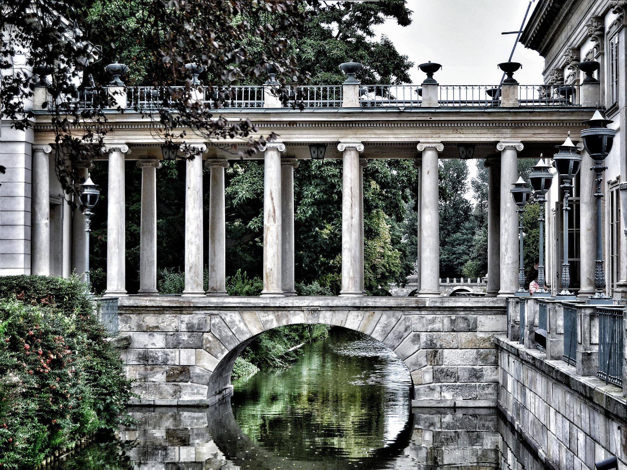 Lazienki Palace by Christian Jerhov