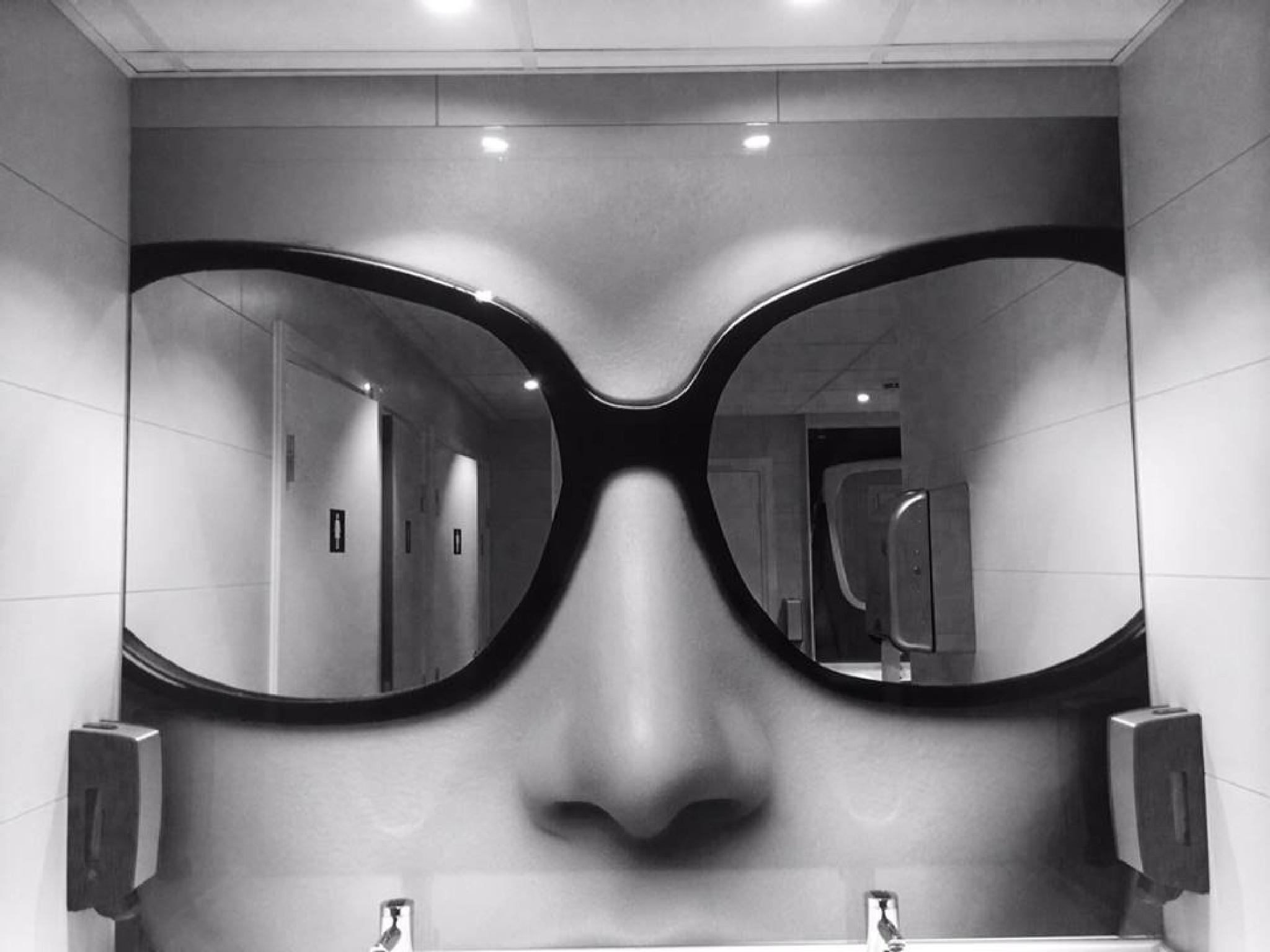 Mirrors by gordon.j.drummond