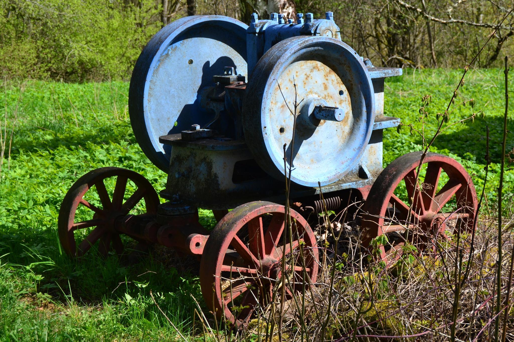 Photo in Industrial #maskin #skog #gammal