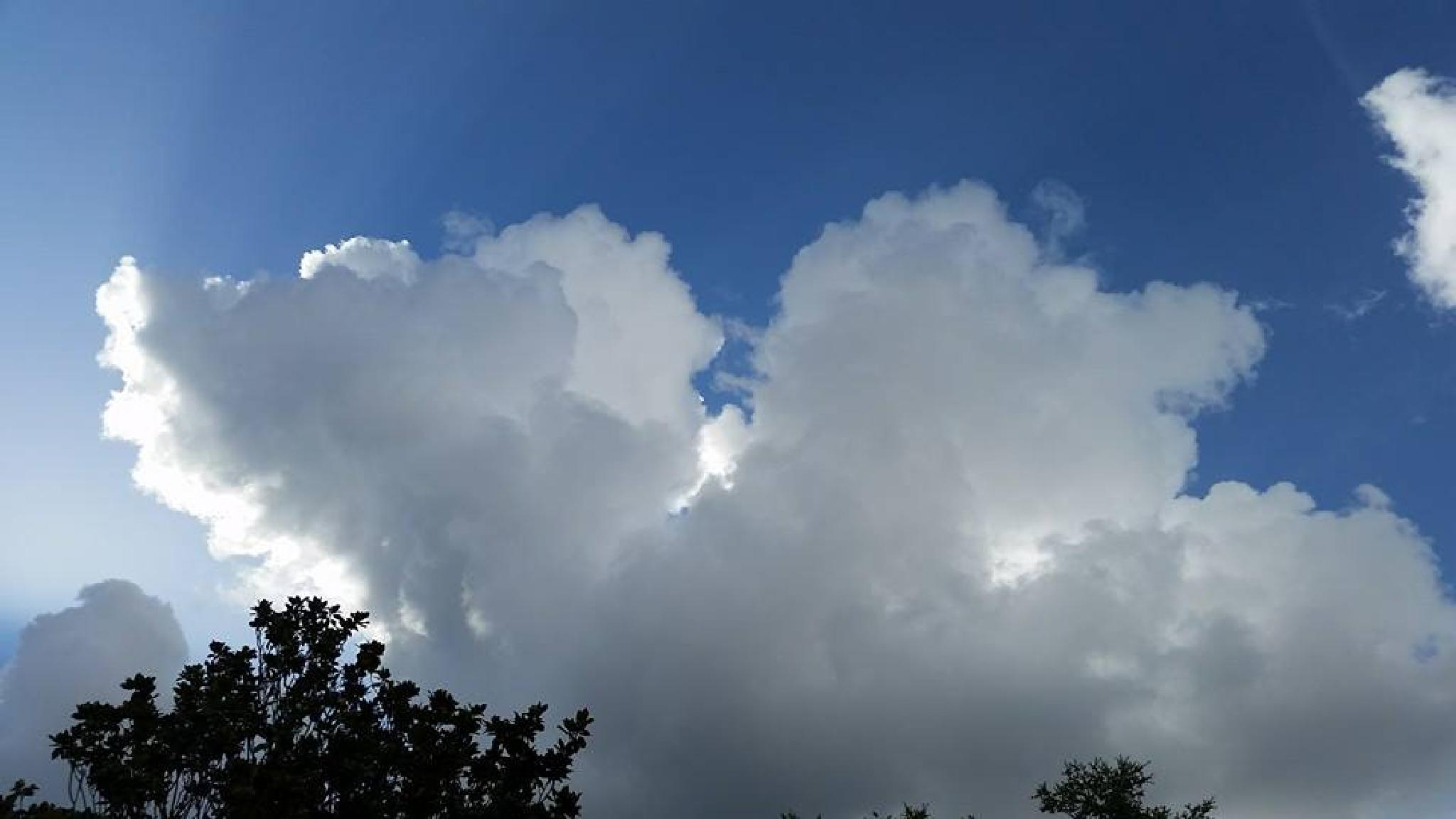 Angelic Cloud by mariealmaw