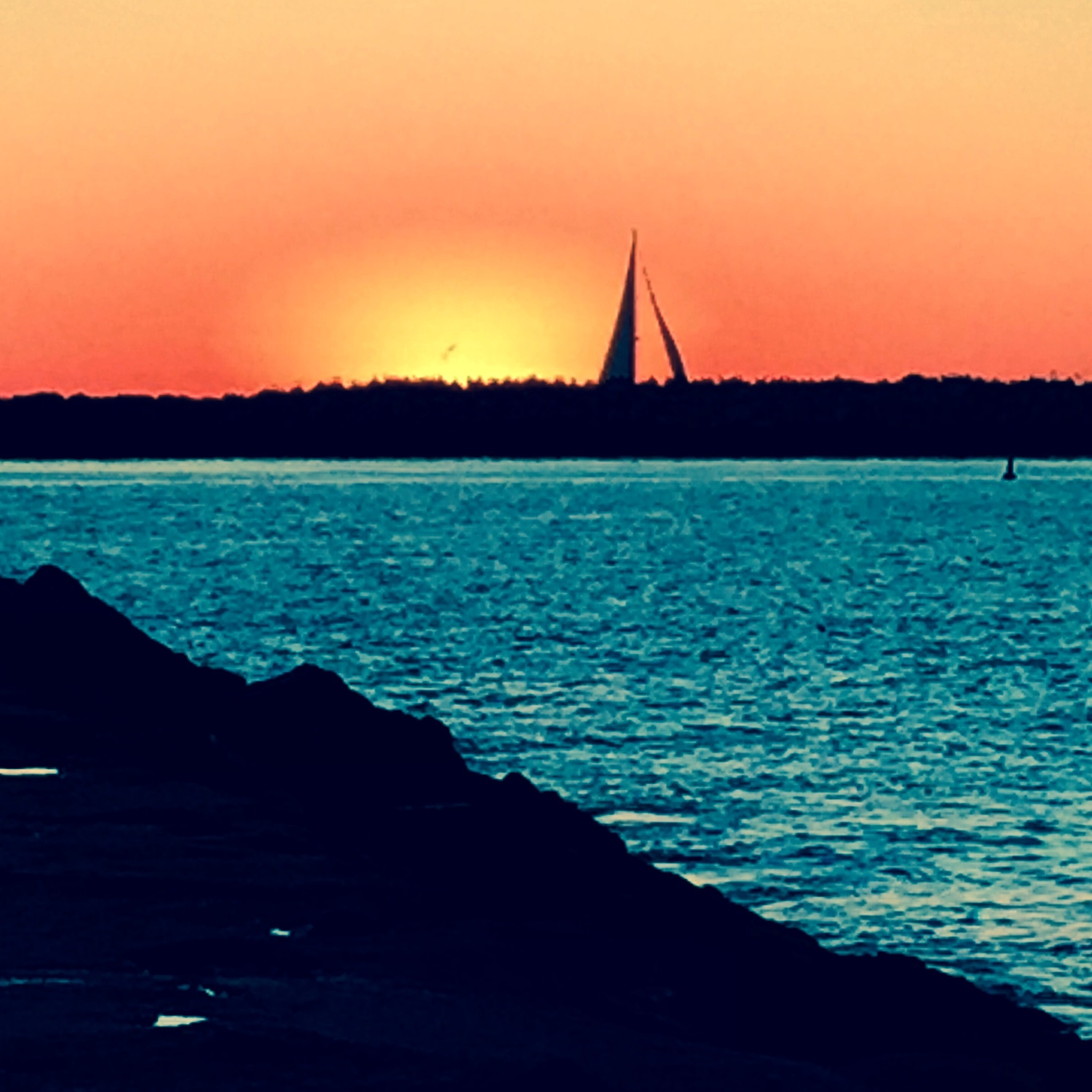 Colors calm the sea by maryann.mishko