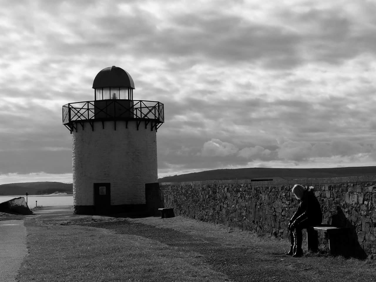 Burry Port lighthouse by sergentcolon