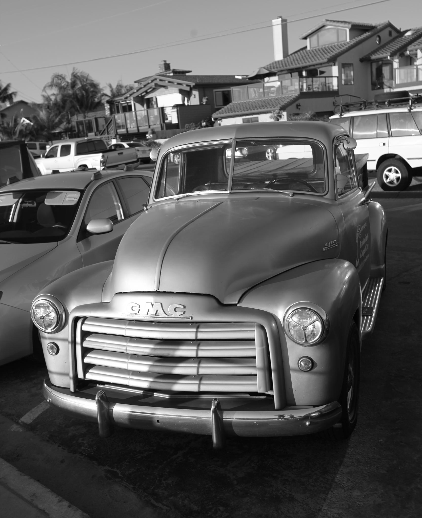 GMC truck  by nic.evans.77