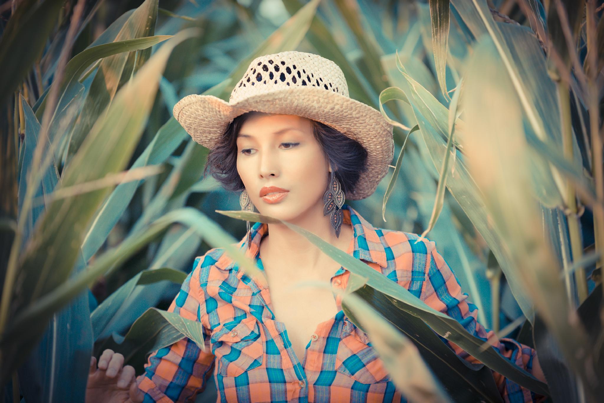 CornGirl by DEHEER PHOTOGRAPHY