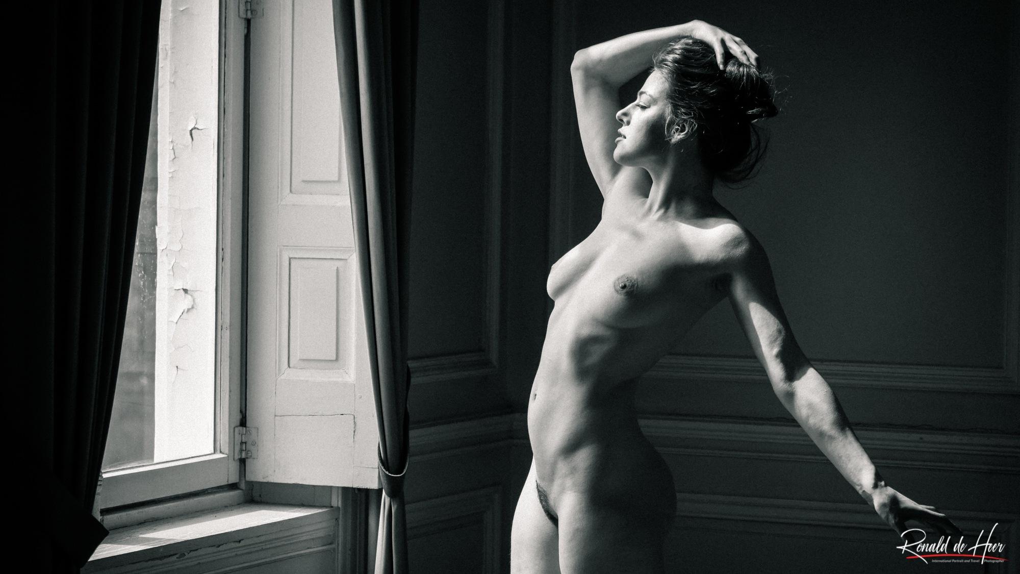 Art of Posing by DEHEER PHOTOGRAPHY