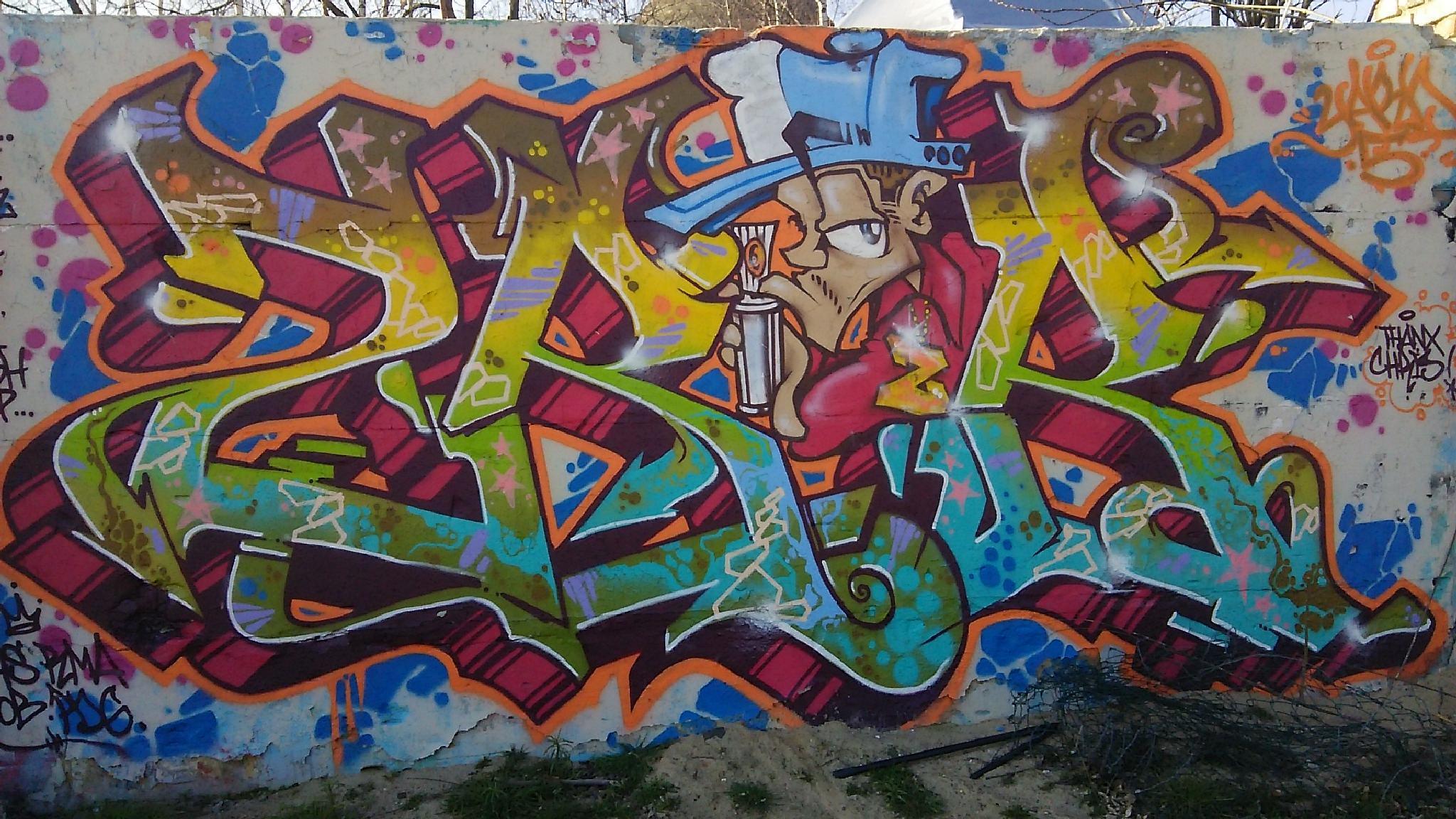 Graffiti Art, Paris by Graffiti