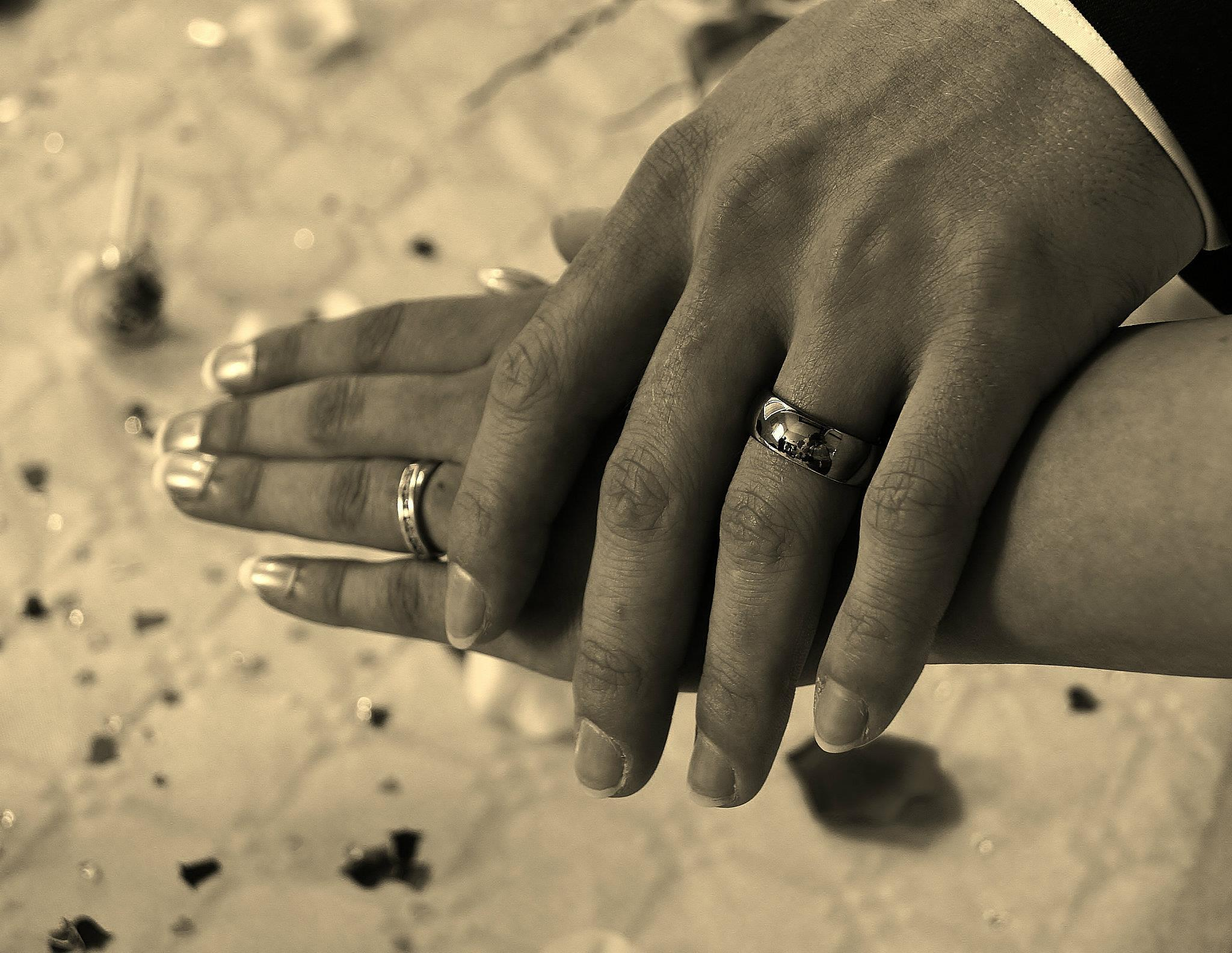 Wedding rings by extravexy