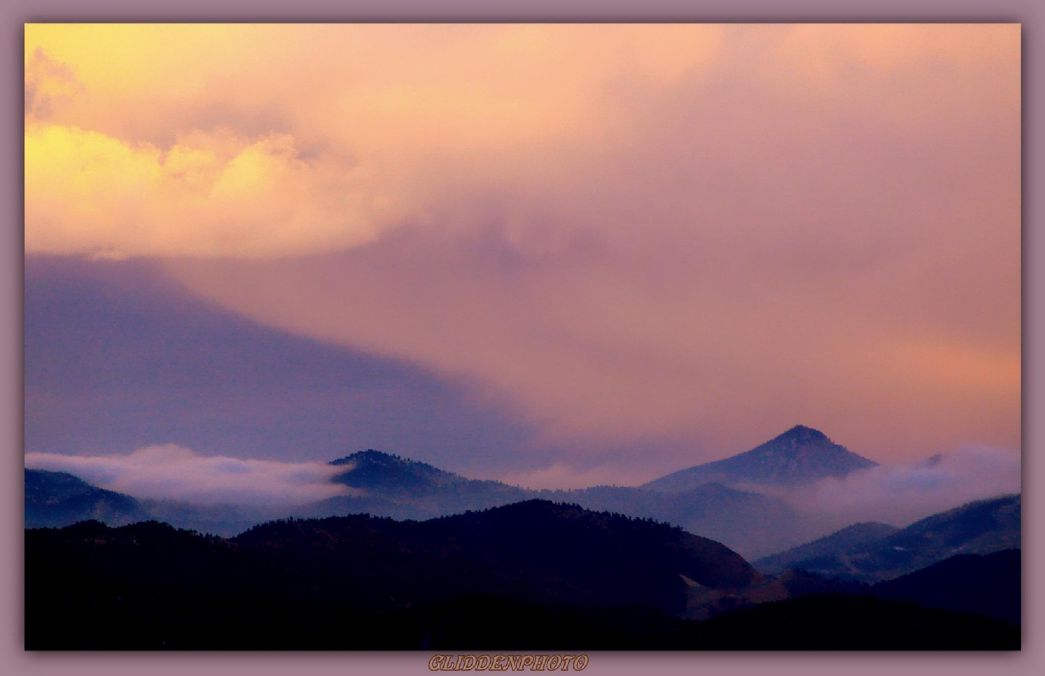 A Soft Sunrise.. by Douglas Glidden