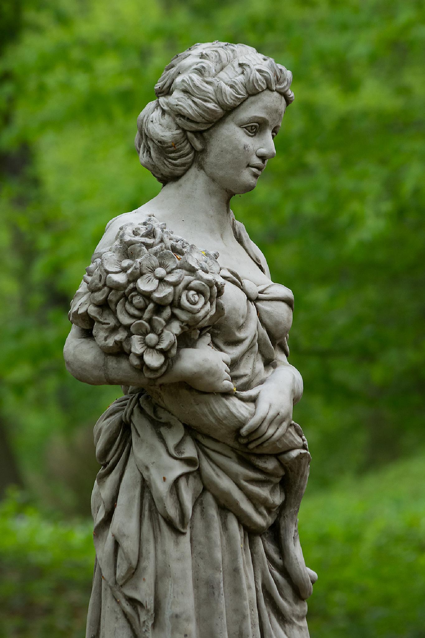 Statue by Juergen Mayer