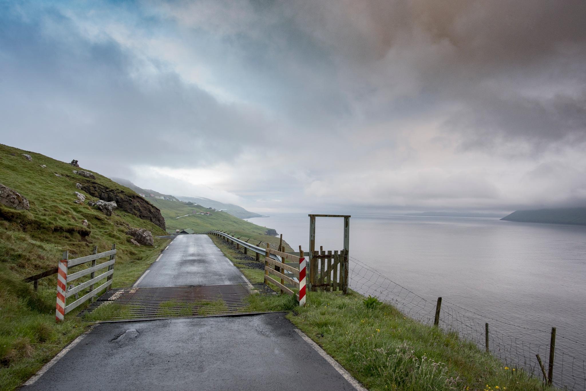 Road to Syðradal by harald bjørgvin
