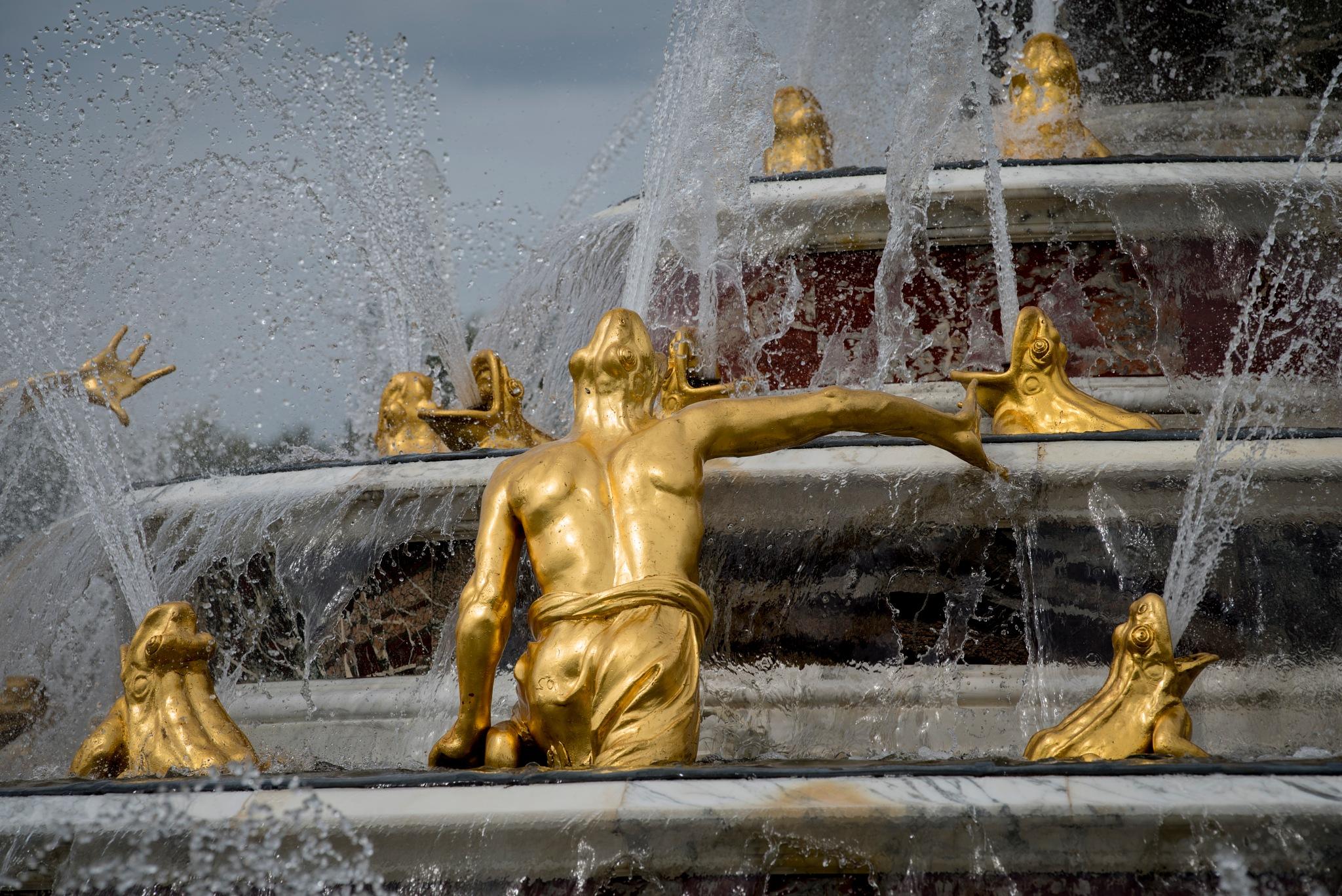 The Latona Fountain by harald bjørgvin
