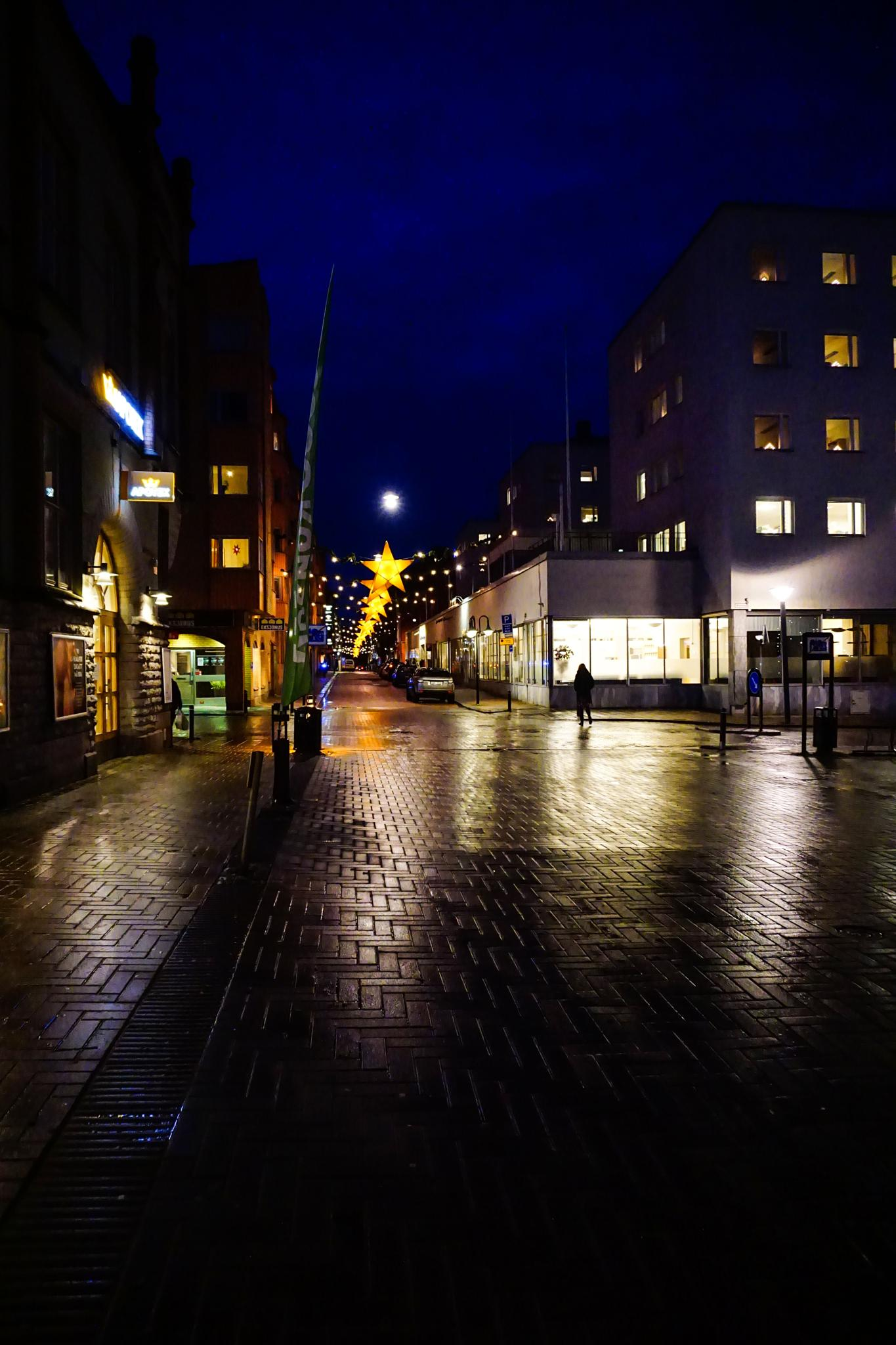 Early morning on the streets of Norrköping by t2photo