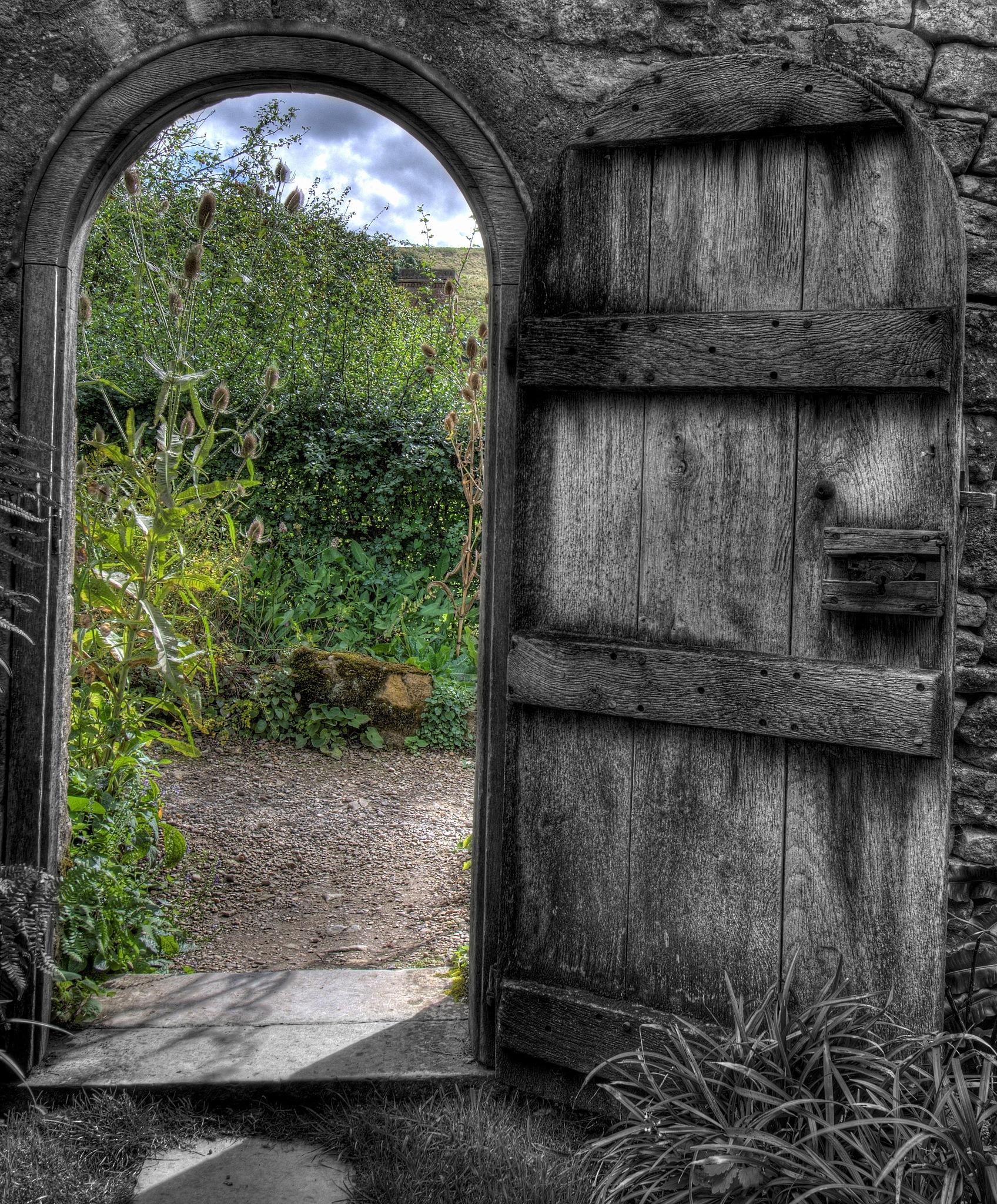 Secret Garden  by yawazzuk