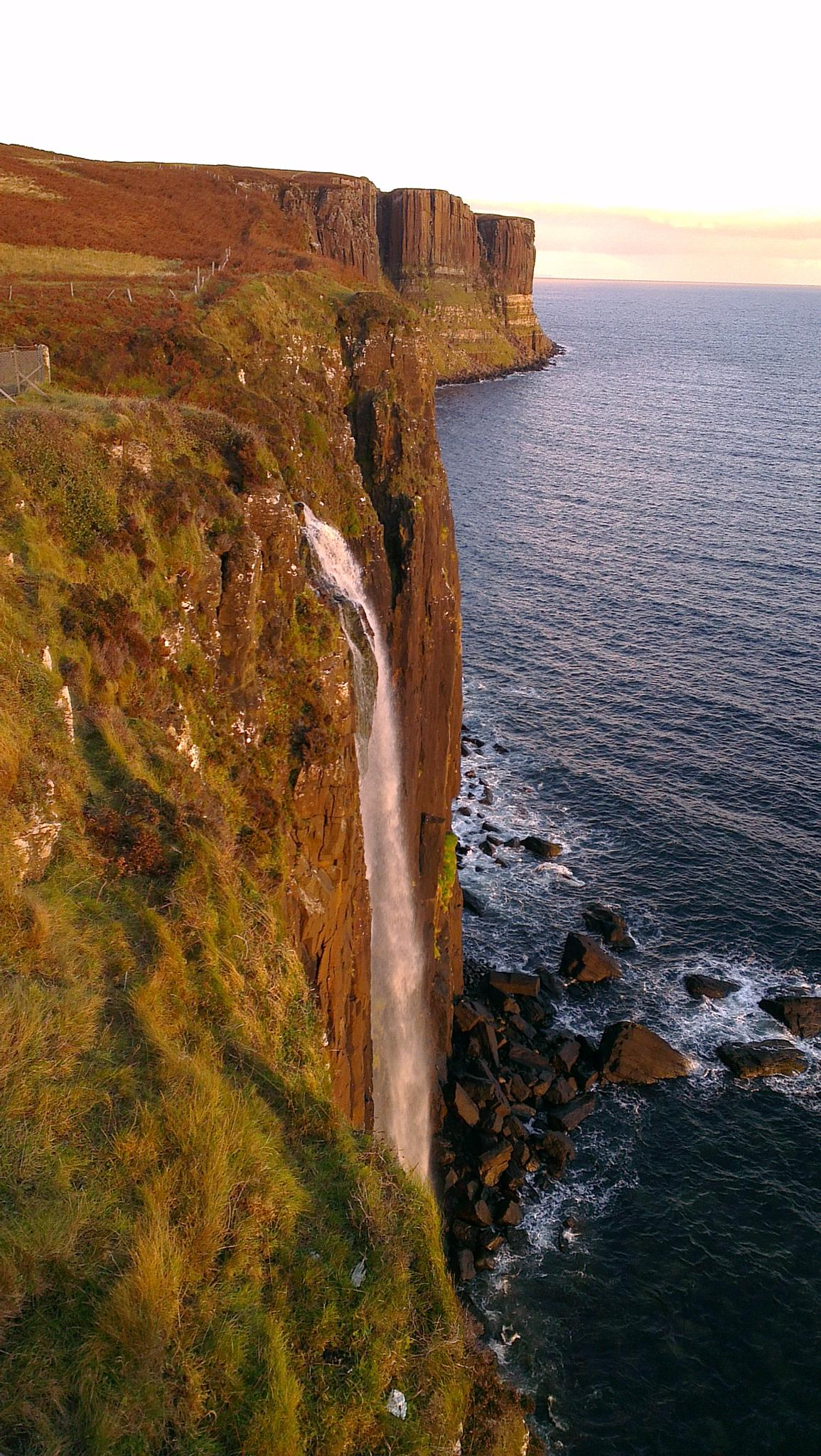 Kilt Rock ,Isle of Skye  by keve E