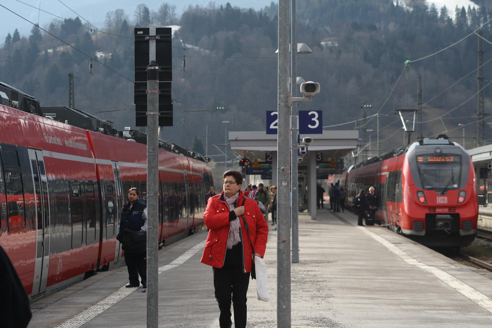 Garmisch Bahnhof by A.J.