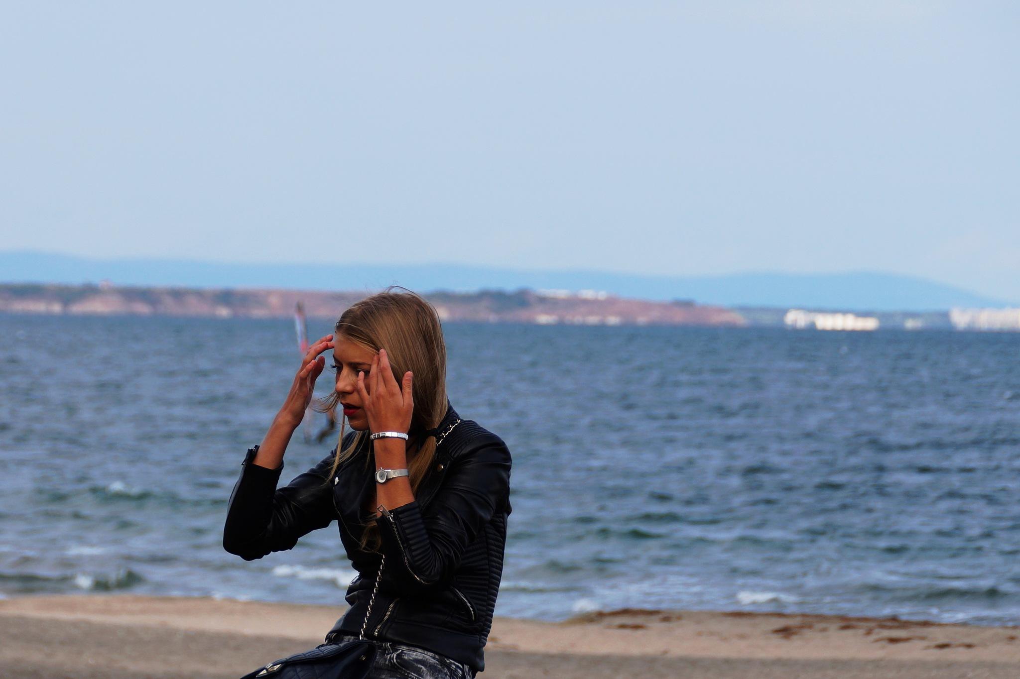 Beauty on the beach by libol