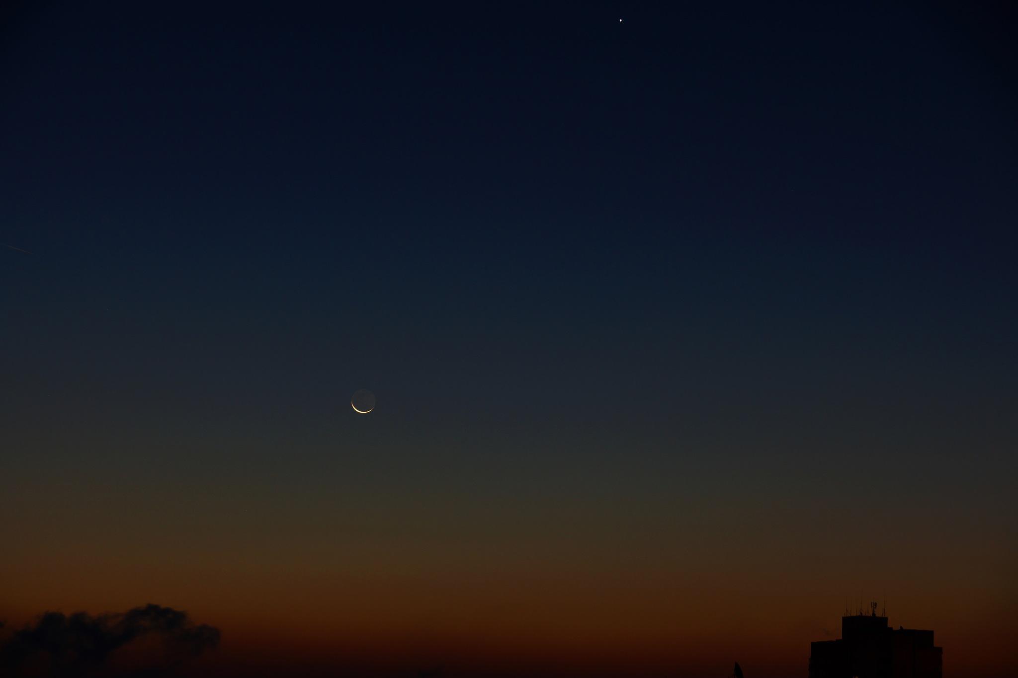 Sunrise by libol