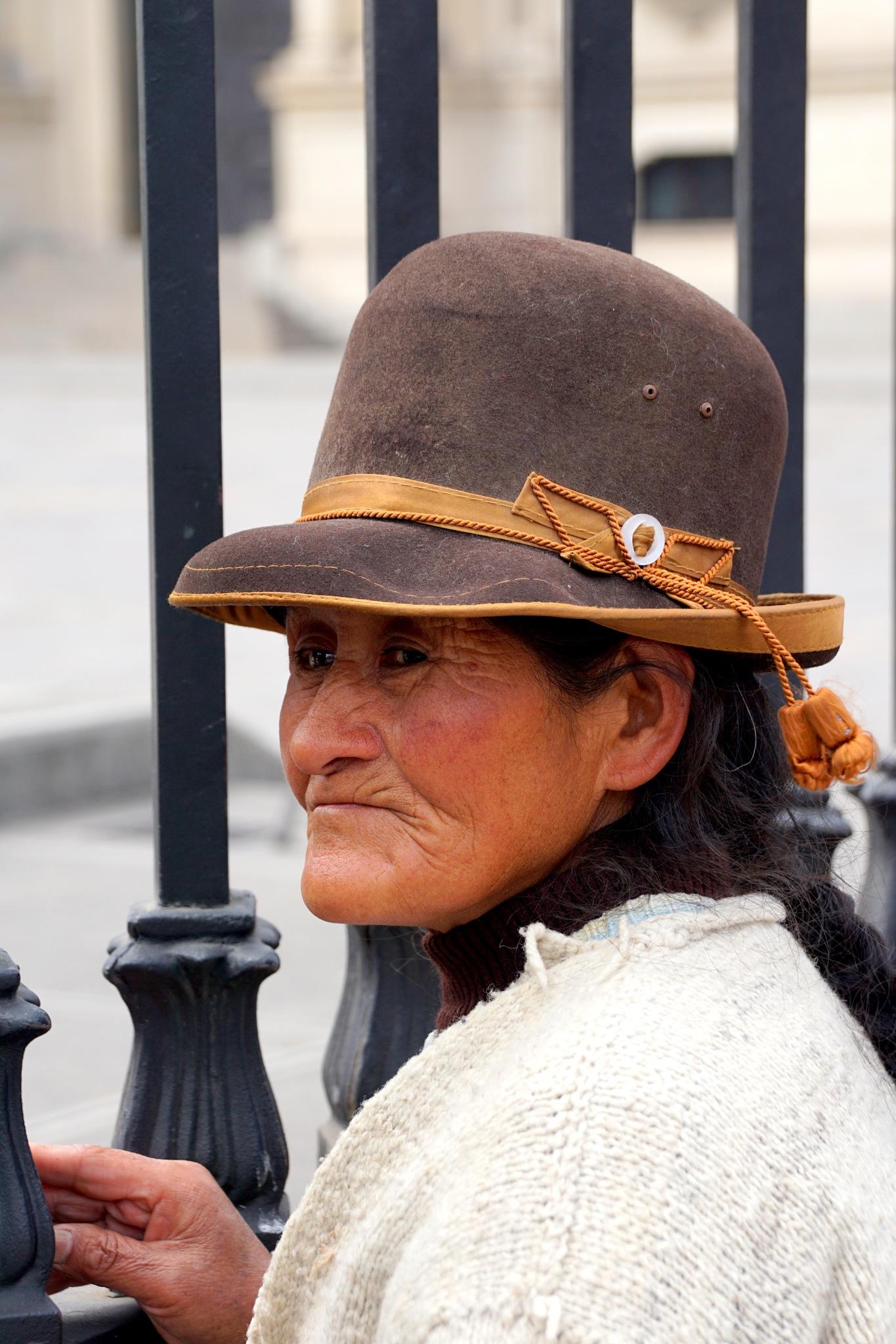 Old lady by Mariëlla van der Lans-Schosswald