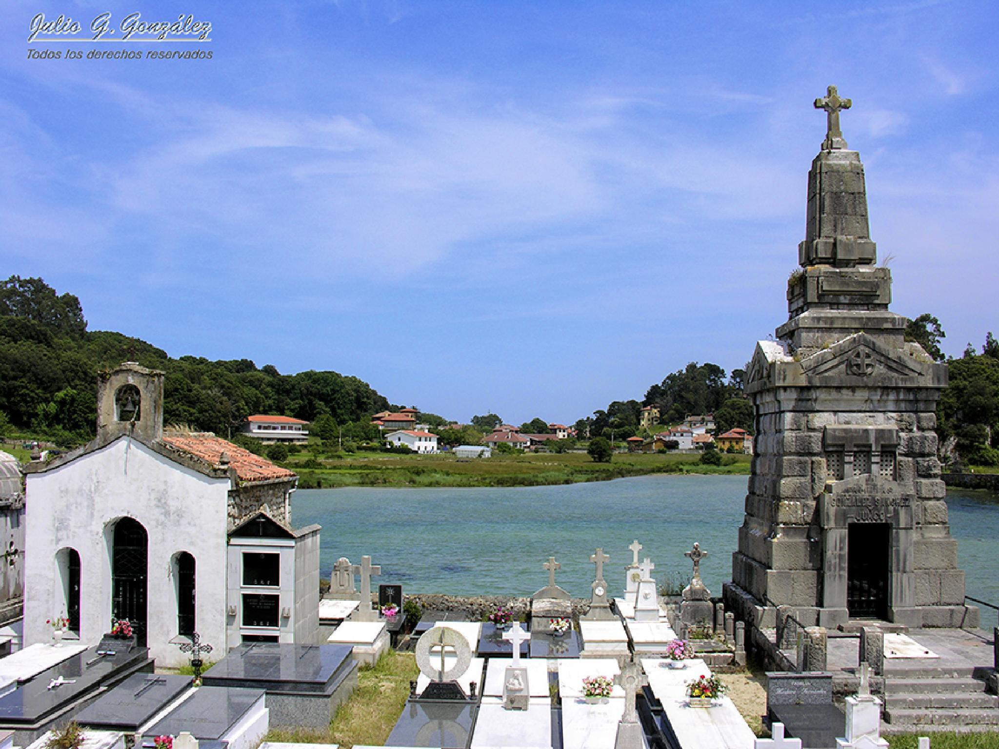 Cementerio con vistas by Julio G.González