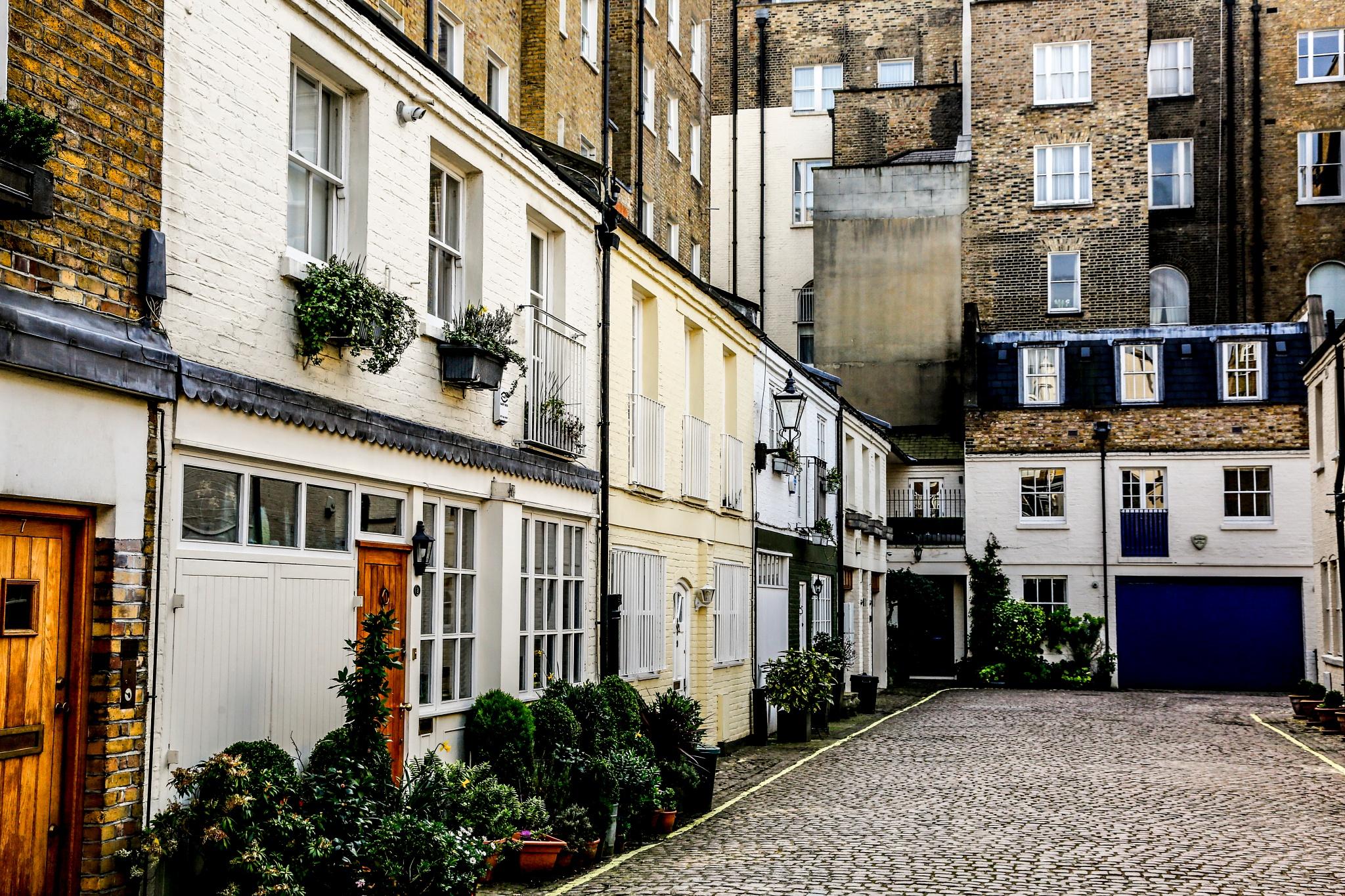 old London street by ad.kesteloo