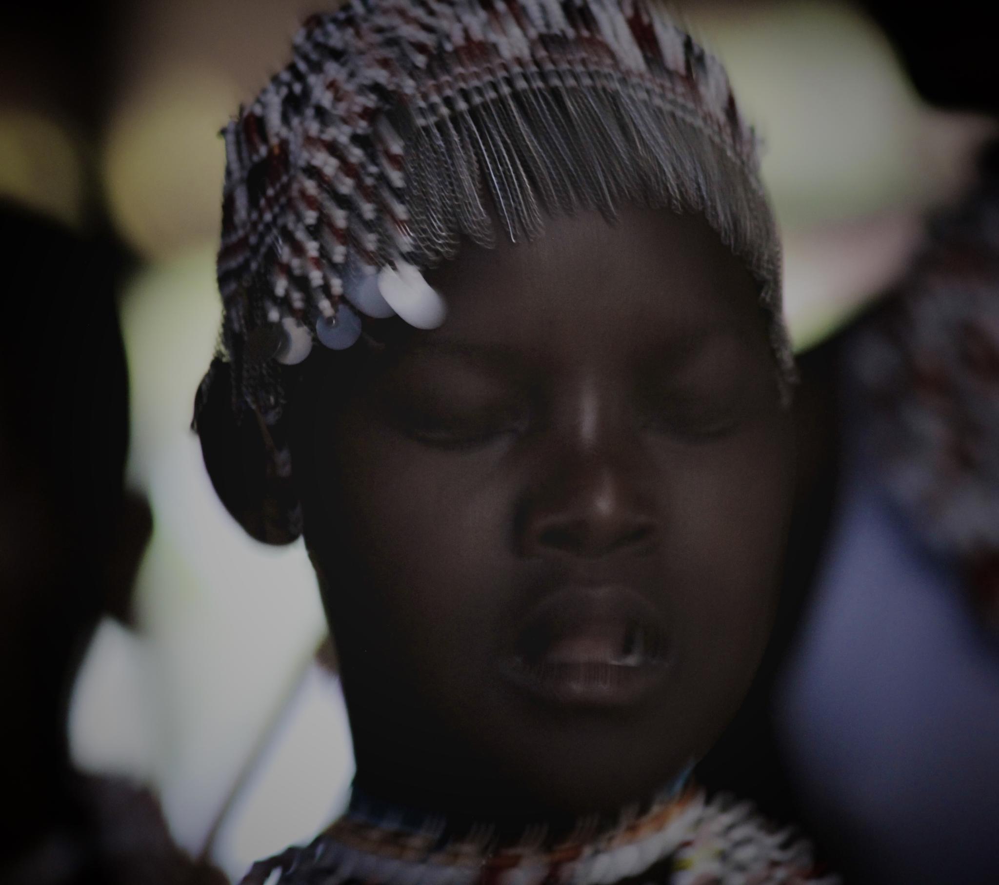 Dansing in Tanzania by benjamin.salomon.73