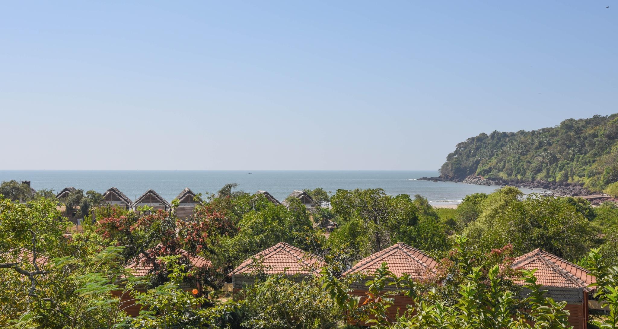 Beach huts in Goa by mapai