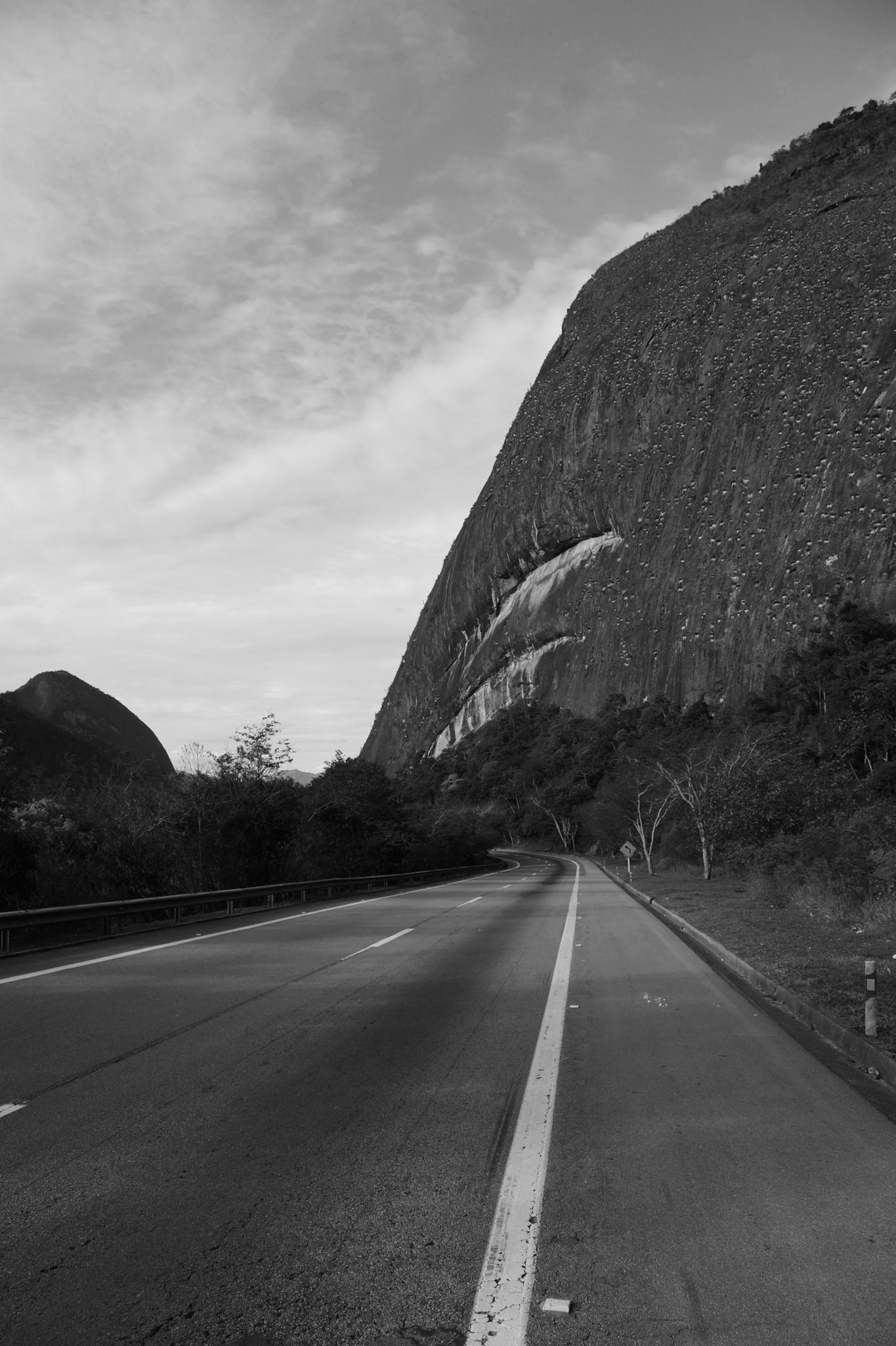 The Mountain Road by vinicius.monsoresdeabreu