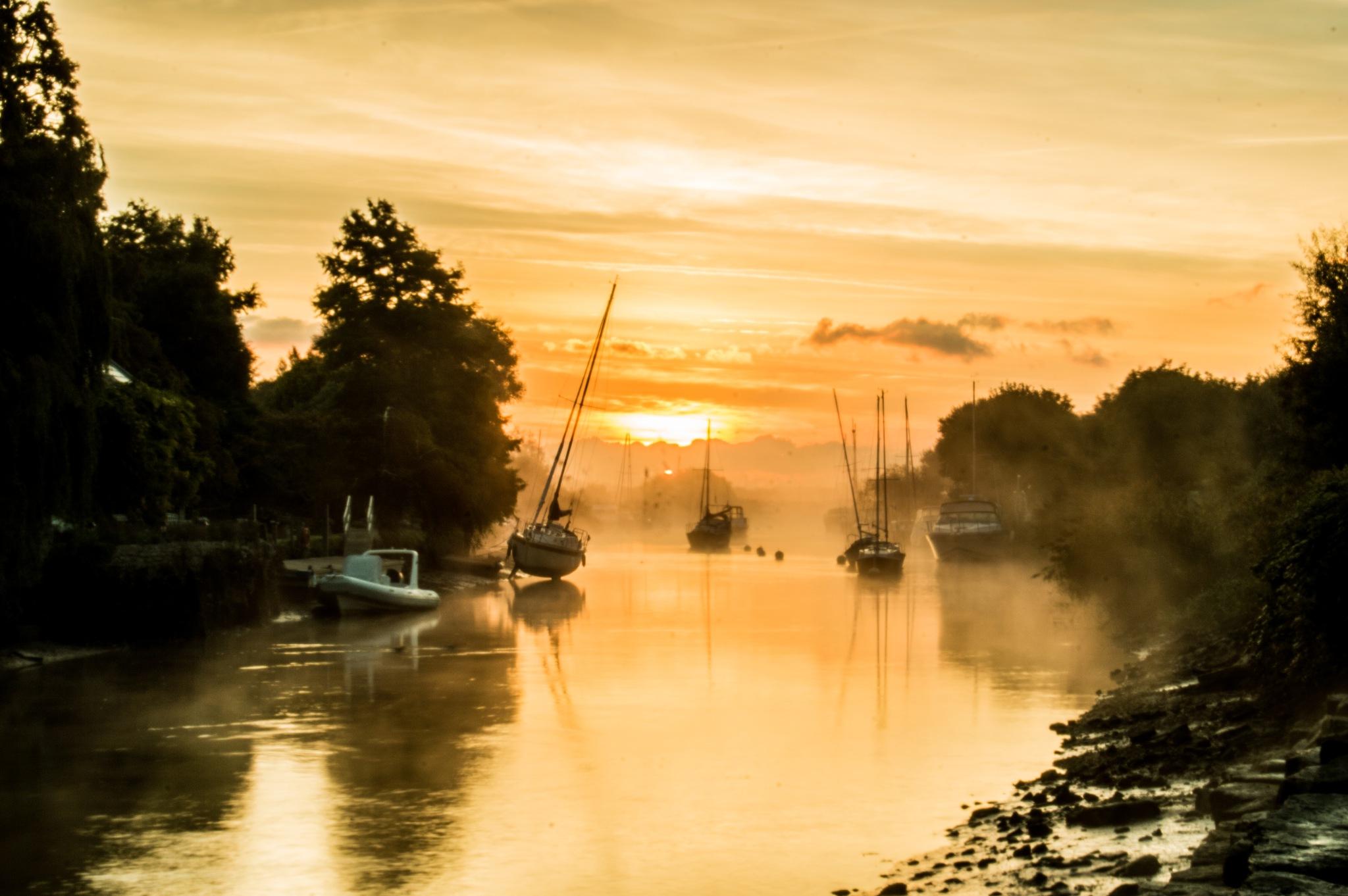 Sunrise at Wareham by richard.murgatroyd2