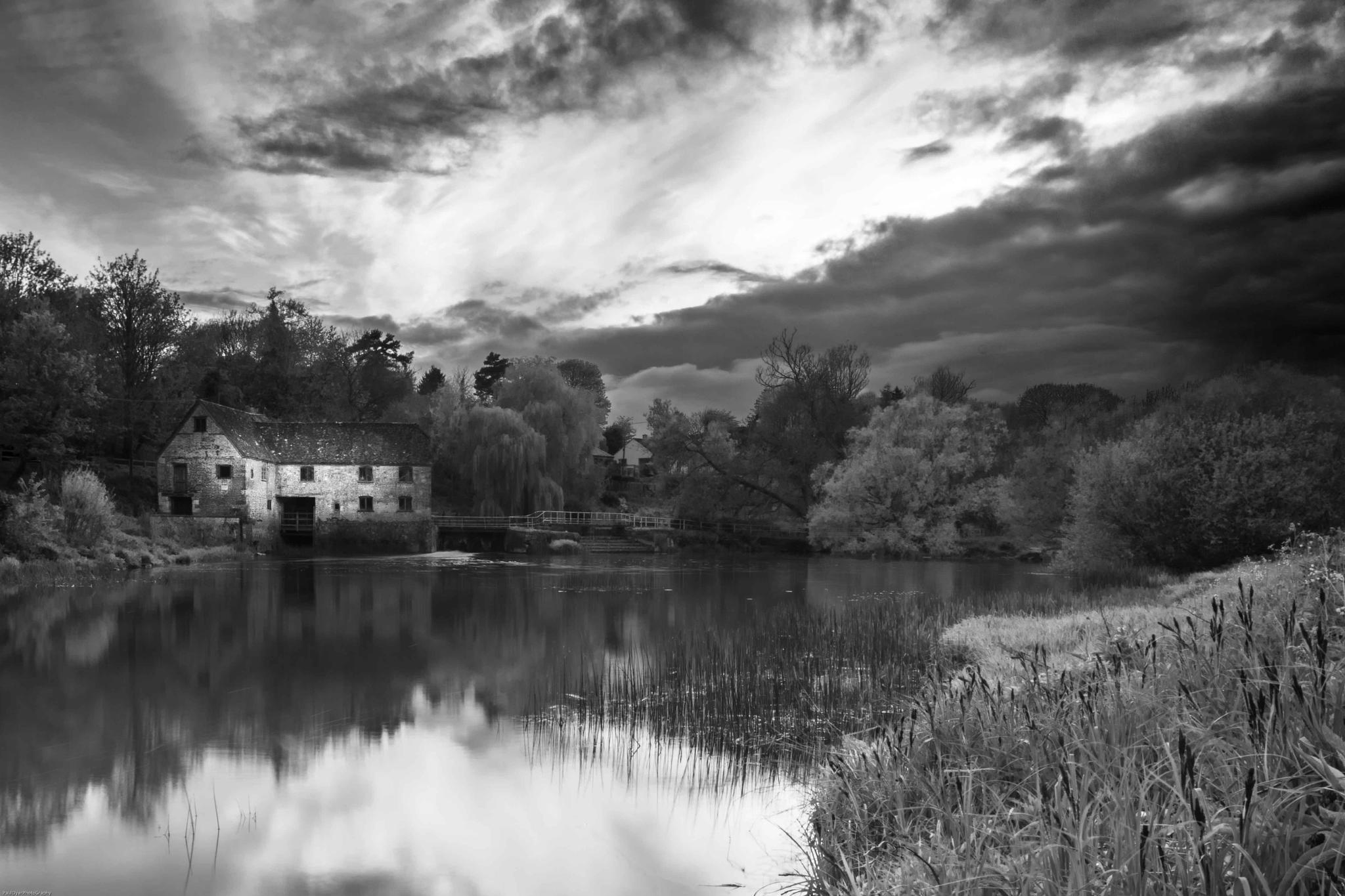 Sturminster Mill by Paul Dyer